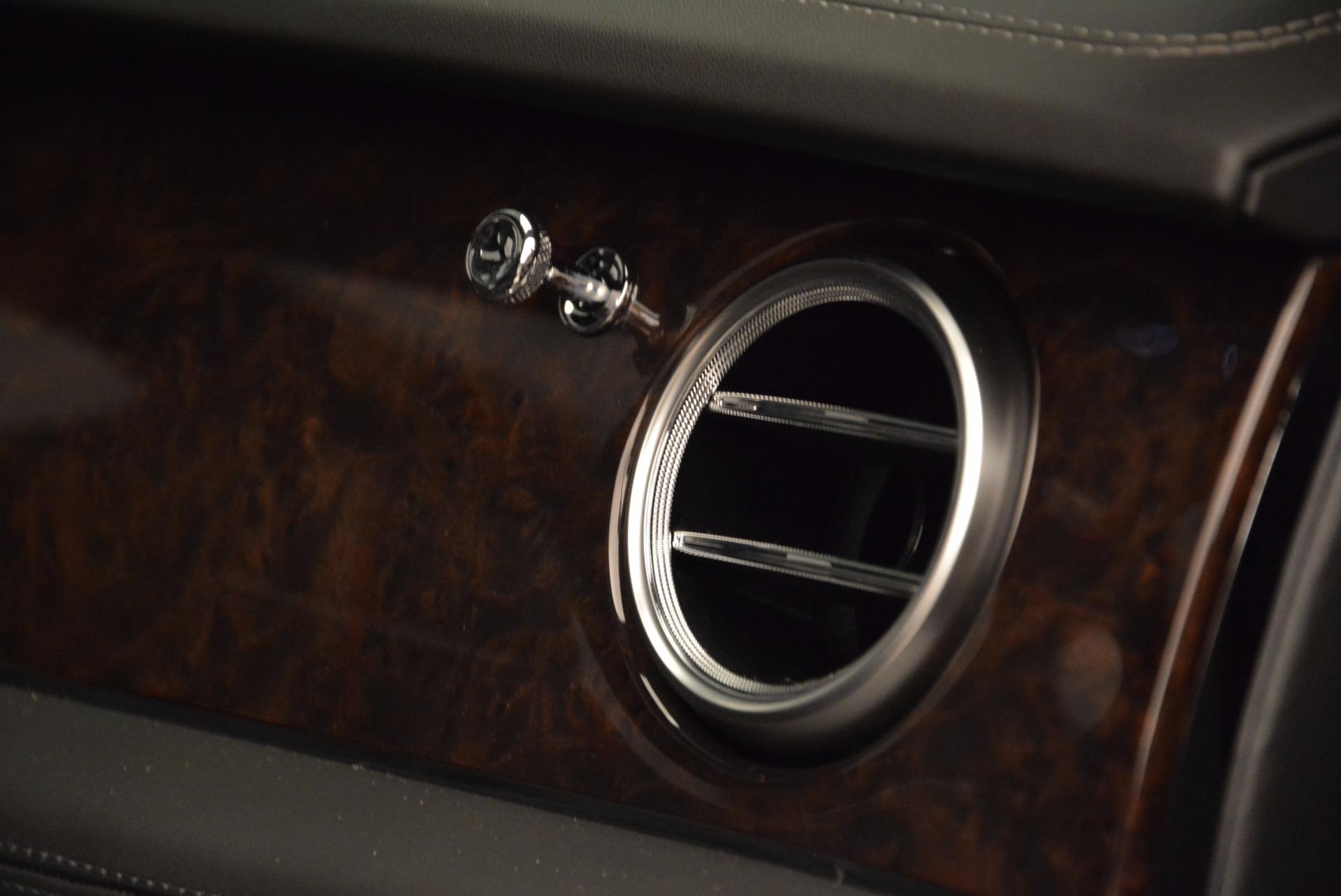 Used 2018 Bentley Bentayga W12 Signature For Sale In Westport, CT 1903_p50