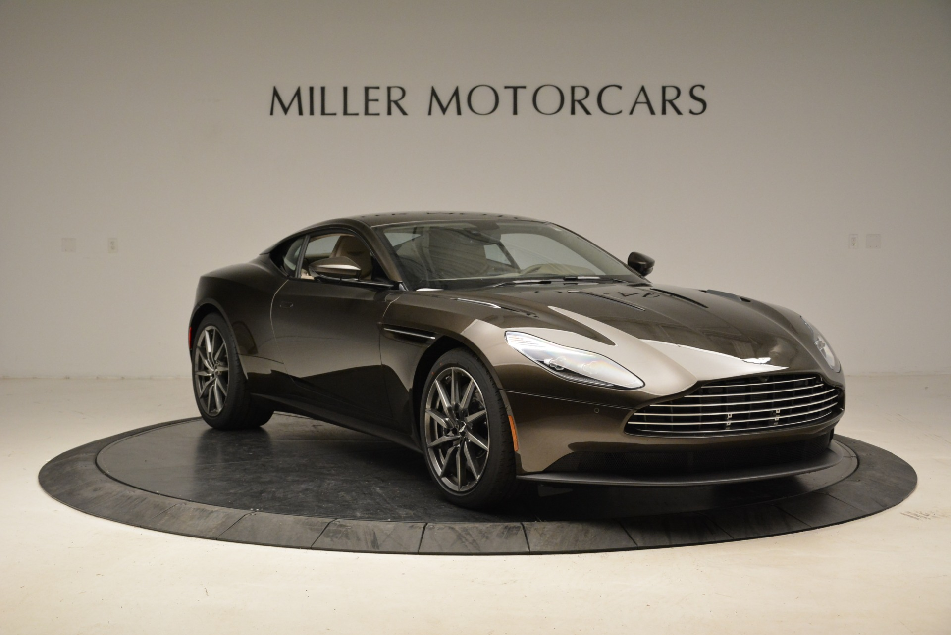 New 2018 Aston Martin DB11 V12 For Sale In Westport, CT 1904_p11