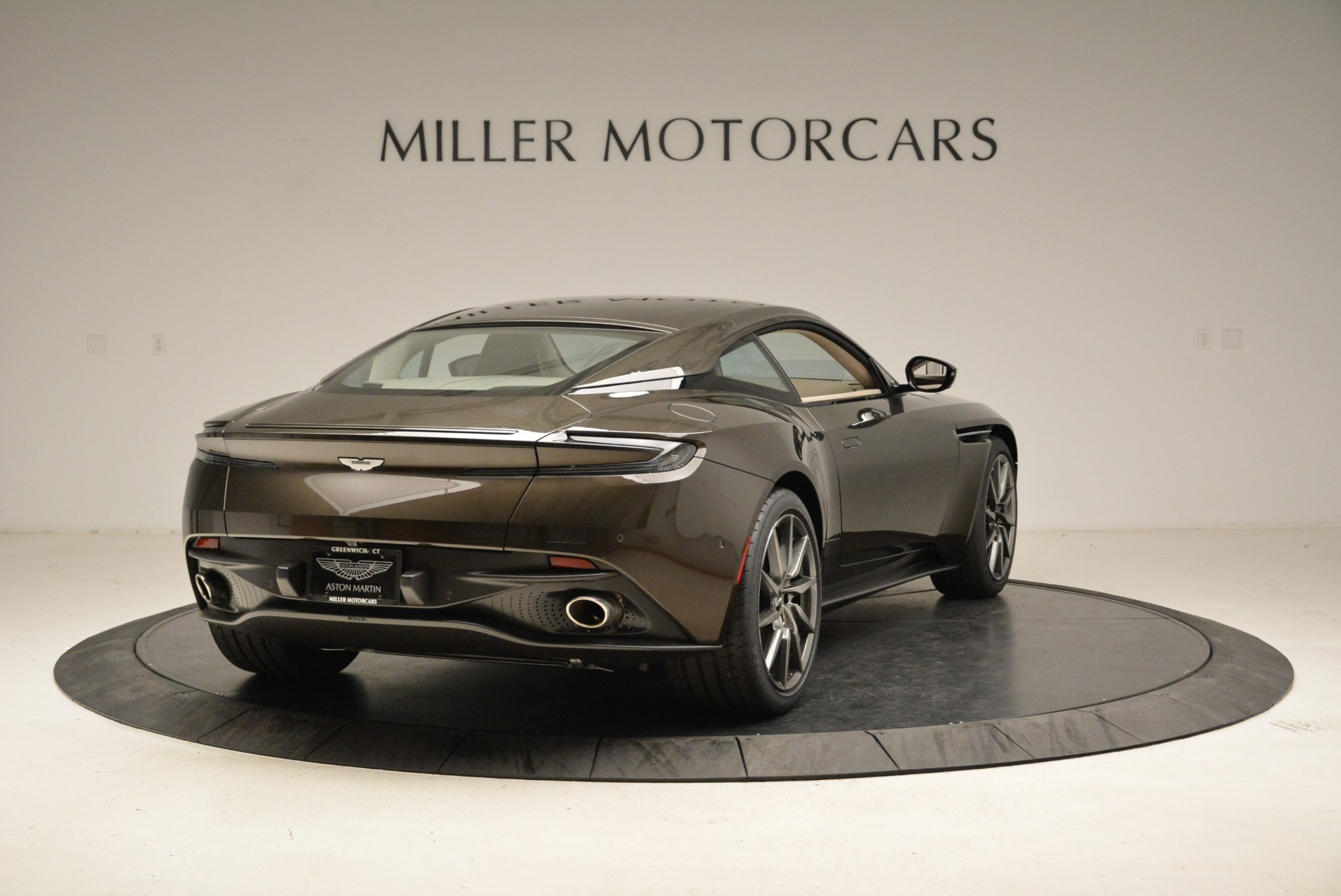 New 2018 Aston Martin DB11 V12 For Sale In Westport, CT 1904_p7