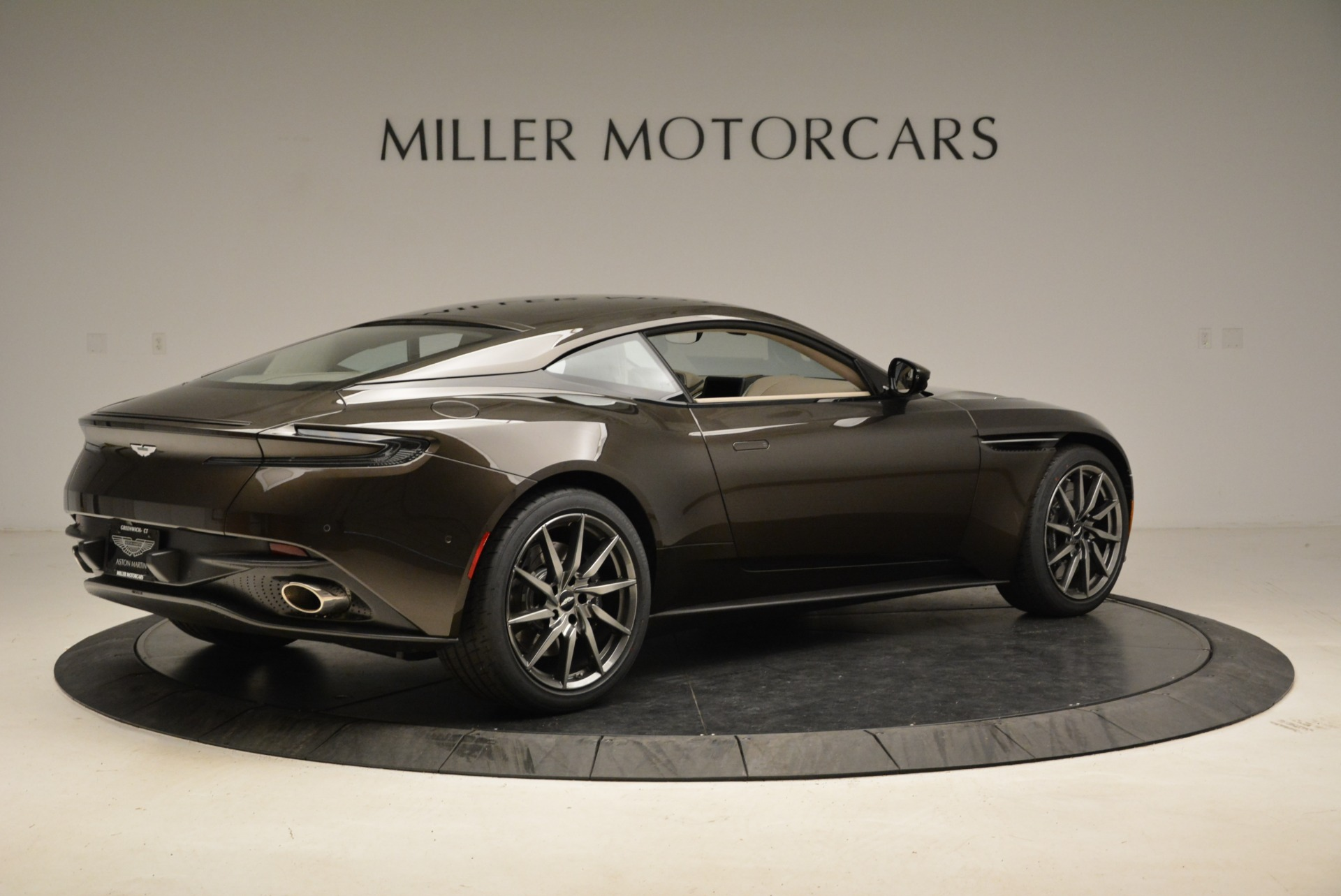 New 2018 Aston Martin DB11 V12 For Sale In Westport, CT 1904_p8