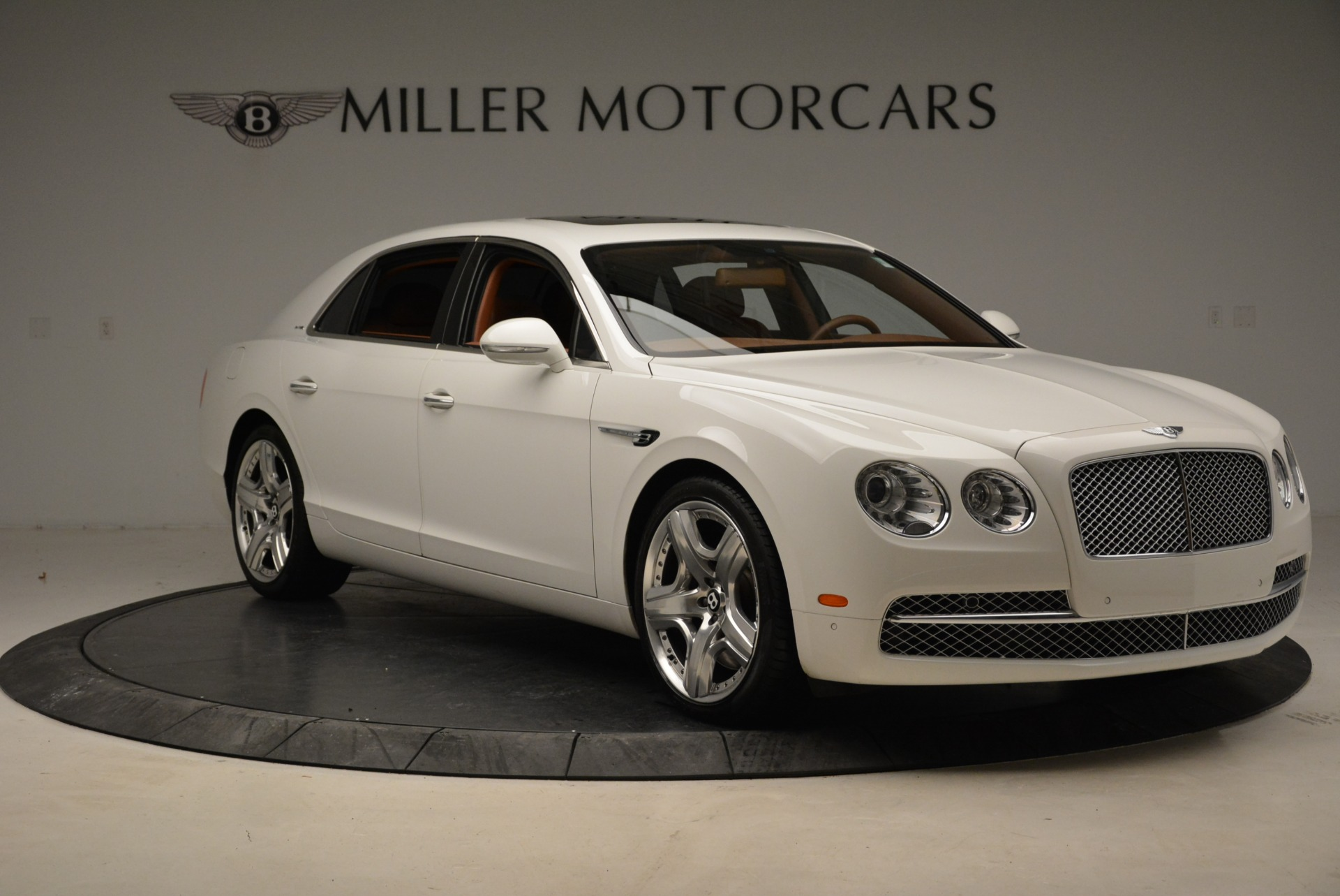 Used 2014 Bentley Flying Spur W12 For Sale In Westport, CT 1906_p11