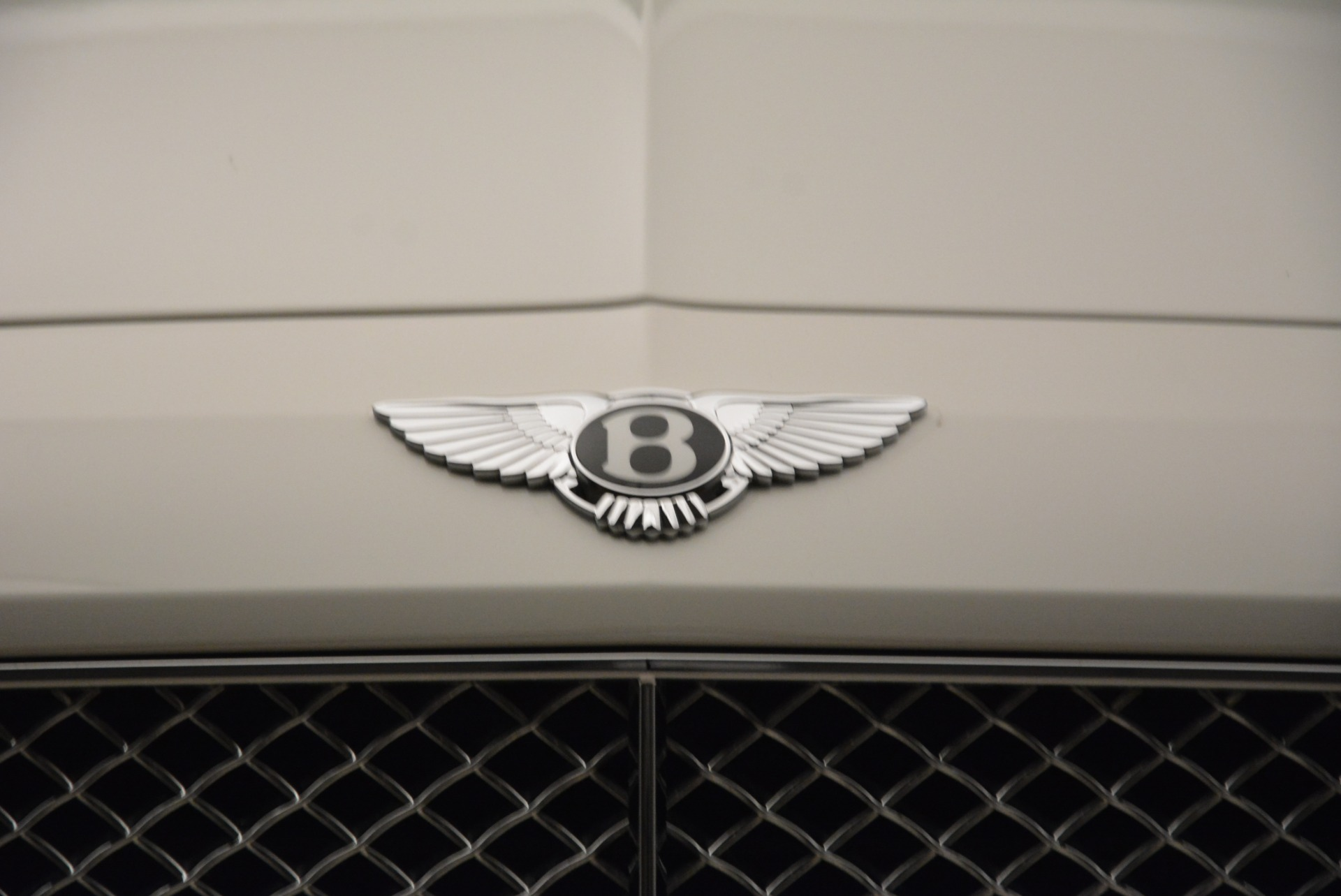 Used 2014 Bentley Flying Spur W12 For Sale In Westport, CT 1906_p14