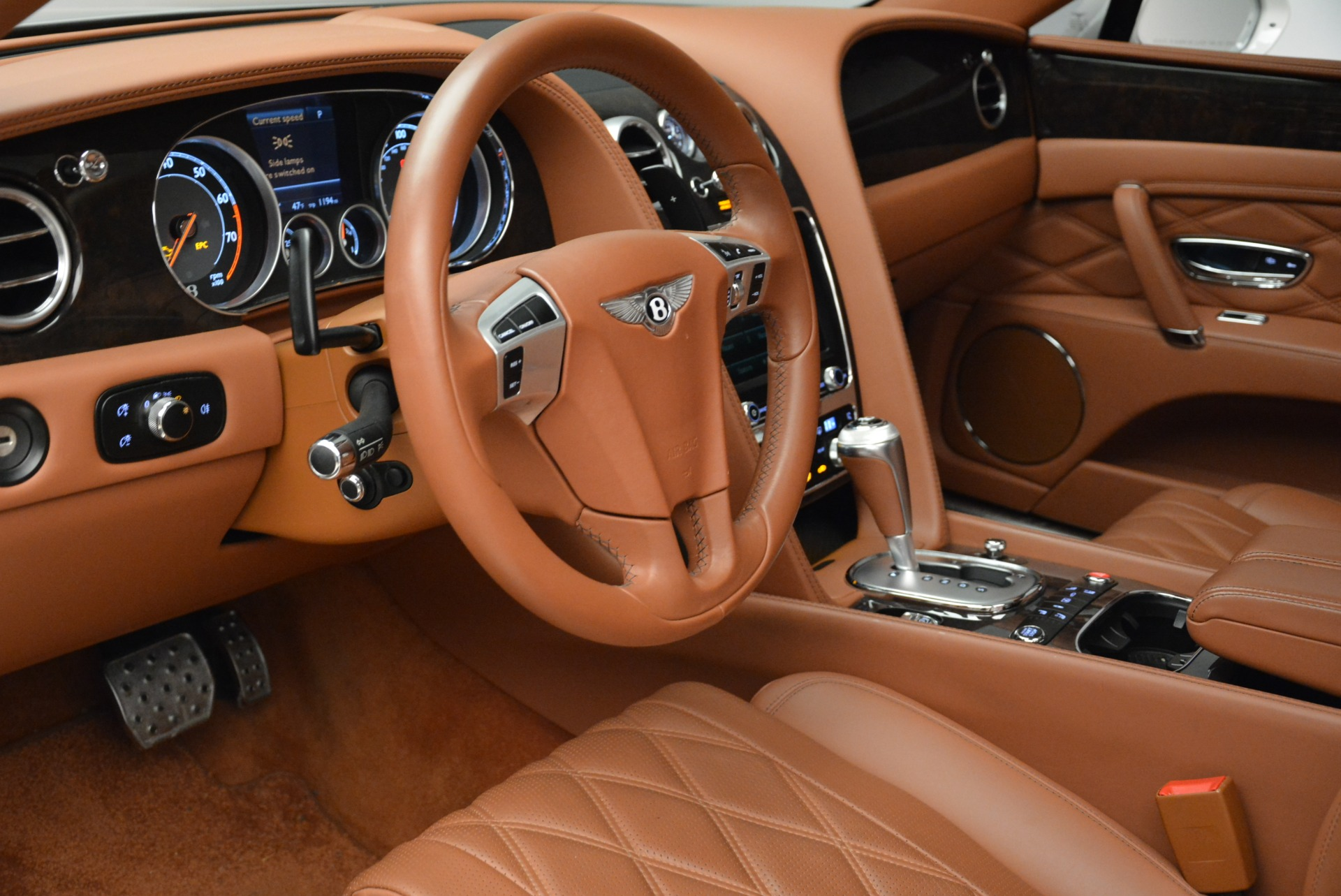 Used 2014 Bentley Flying Spur W12 For Sale In Westport, CT 1906_p22