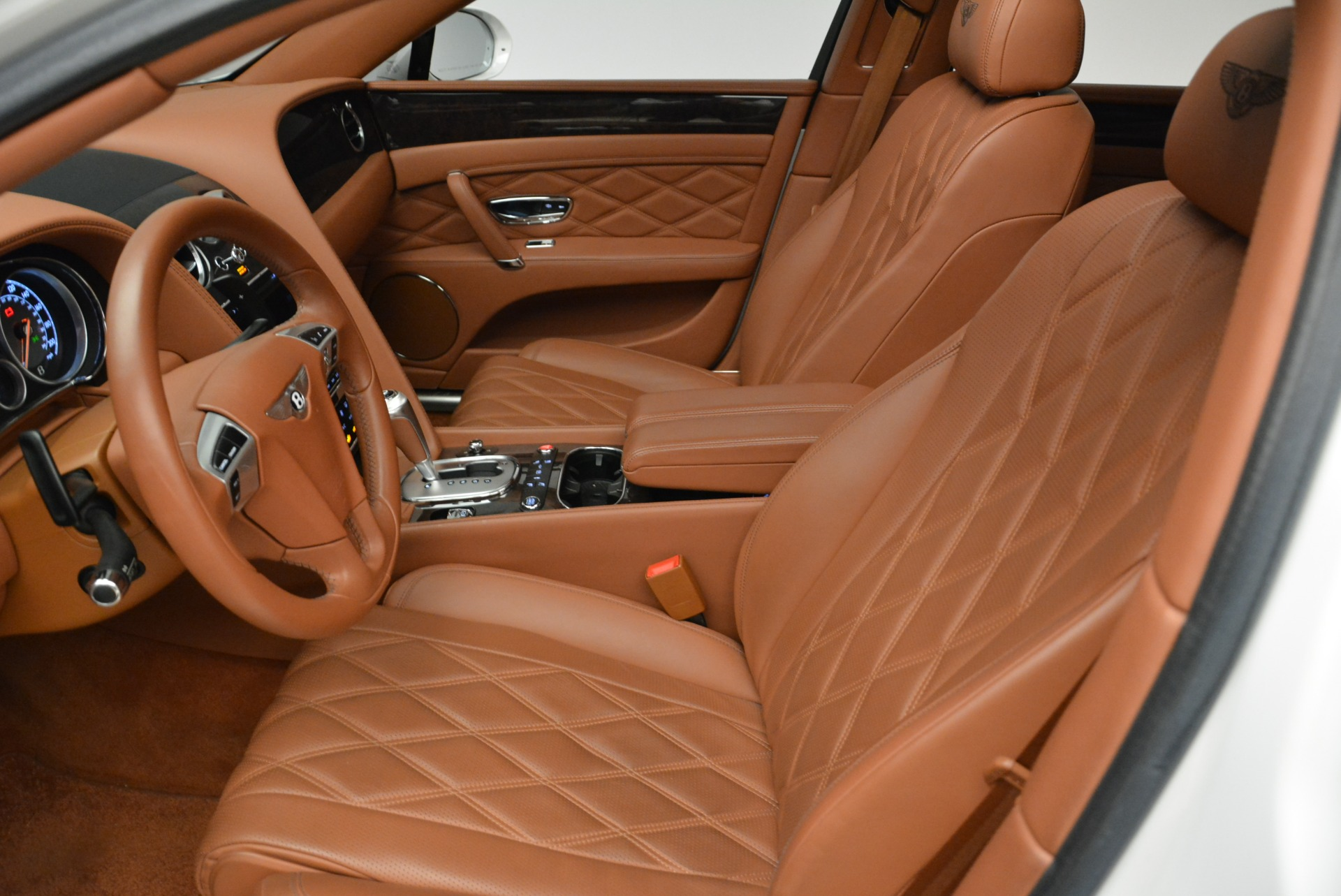 Used 2014 Bentley Flying Spur W12 For Sale In Westport, CT 1906_p23