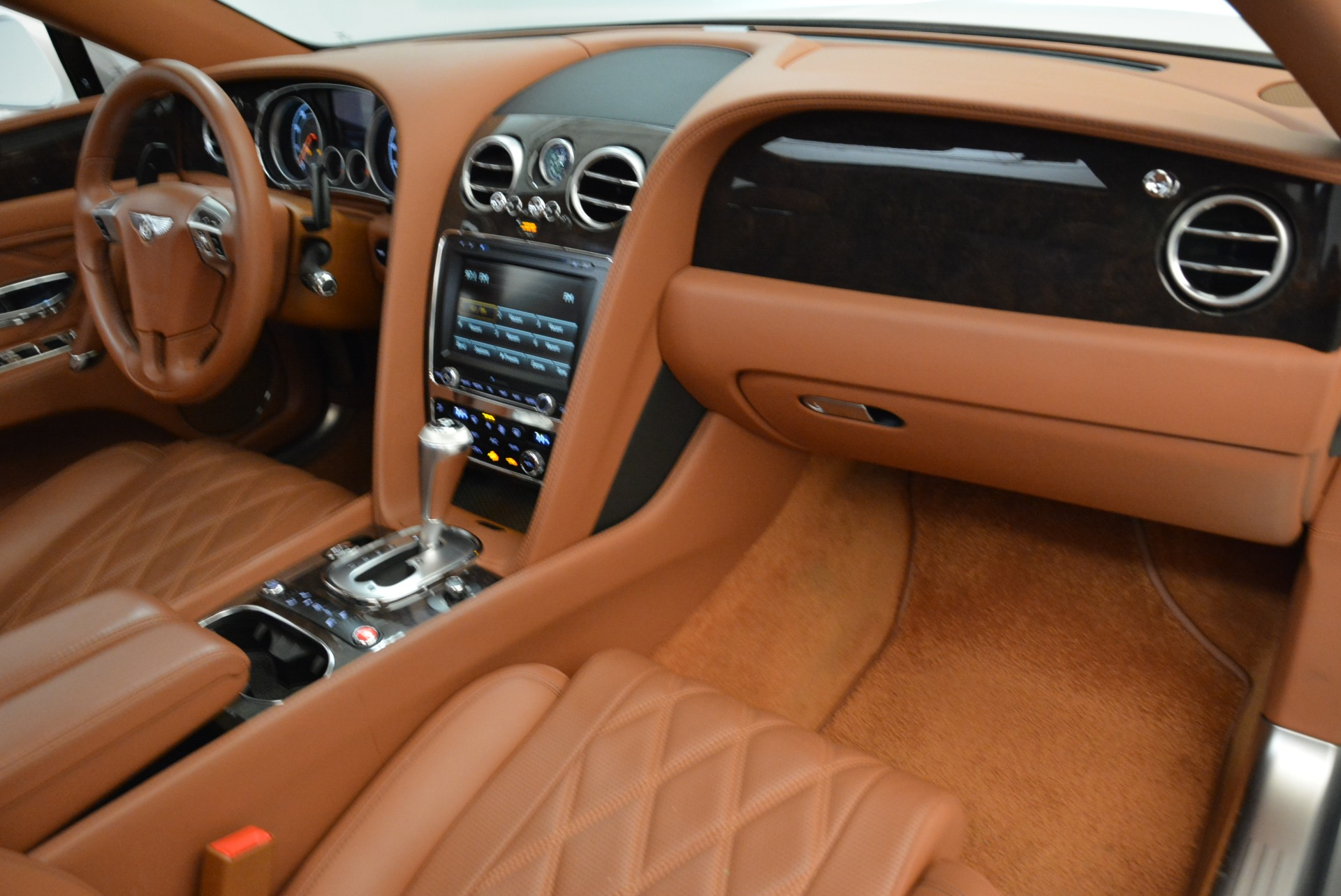 Used 2014 Bentley Flying Spur W12 For Sale In Westport, CT 1906_p32