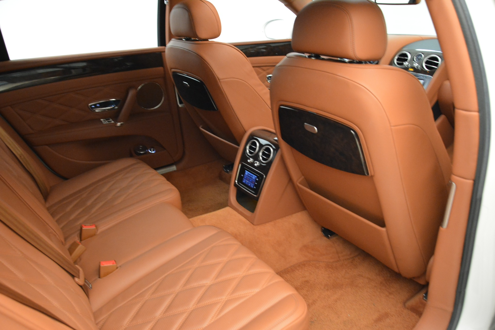 Used 2014 Bentley Flying Spur W12 For Sale In Westport, CT 1906_p36