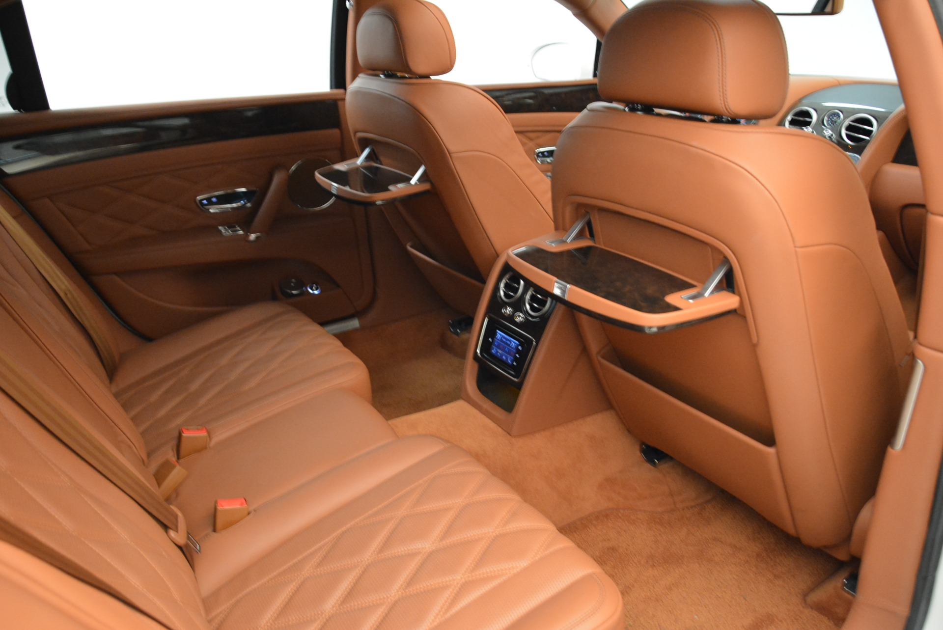 Used 2014 Bentley Flying Spur W12 For Sale In Westport, CT 1906_p37