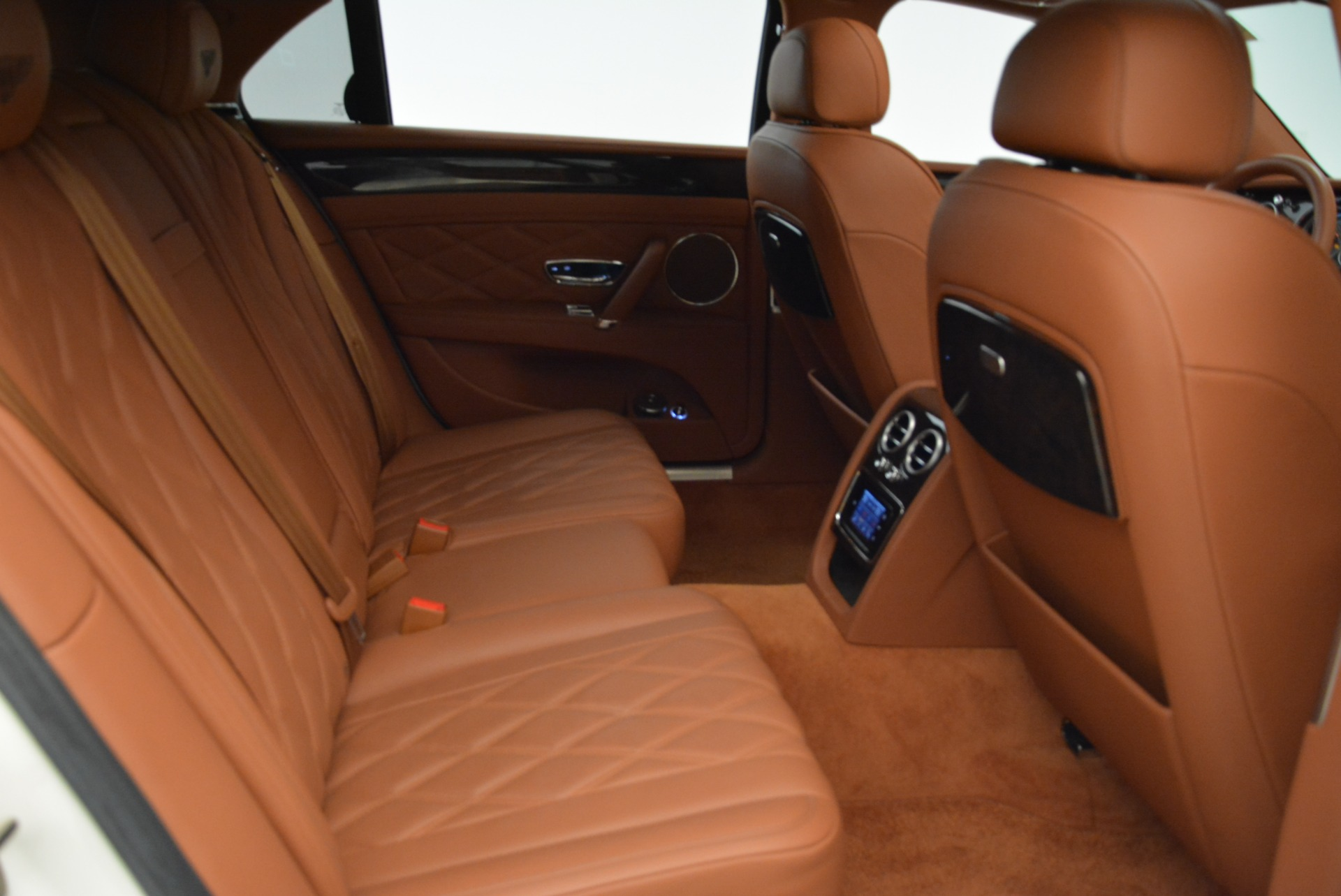 Used 2014 Bentley Flying Spur W12 For Sale In Westport, CT 1906_p38