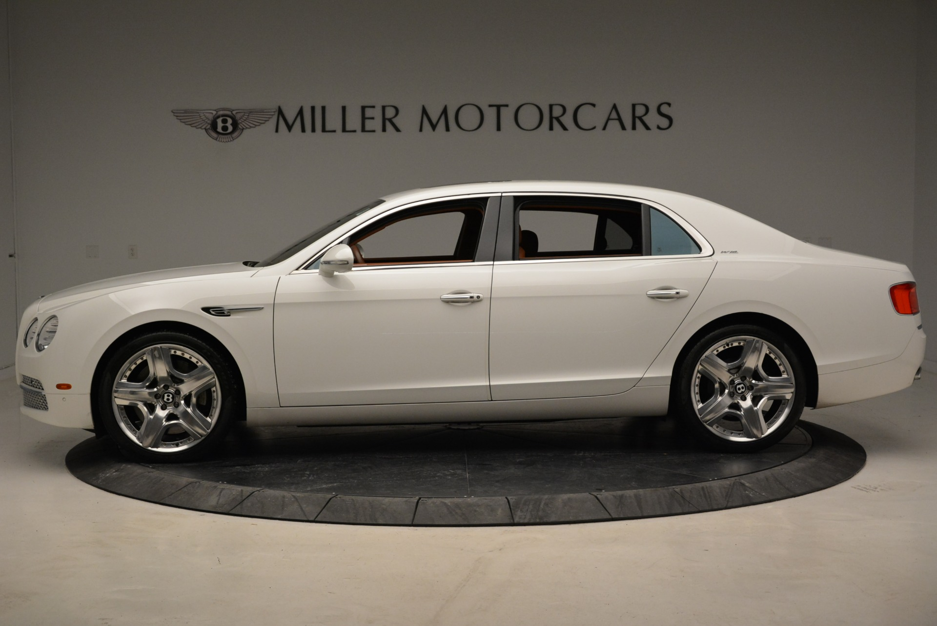 Used 2014 Bentley Flying Spur W12 For Sale In Westport, CT 1906_p3