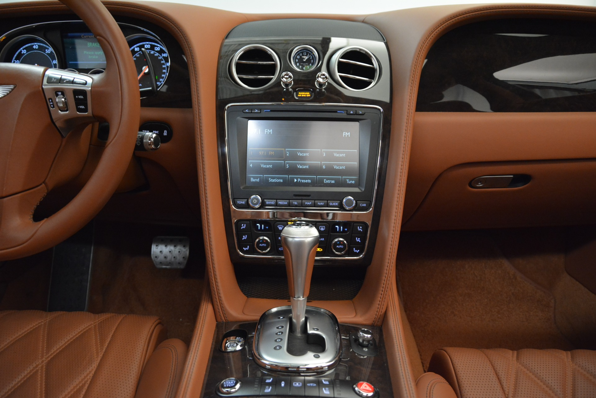 Used 2014 Bentley Flying Spur W12 For Sale In Westport, CT 1906_p42