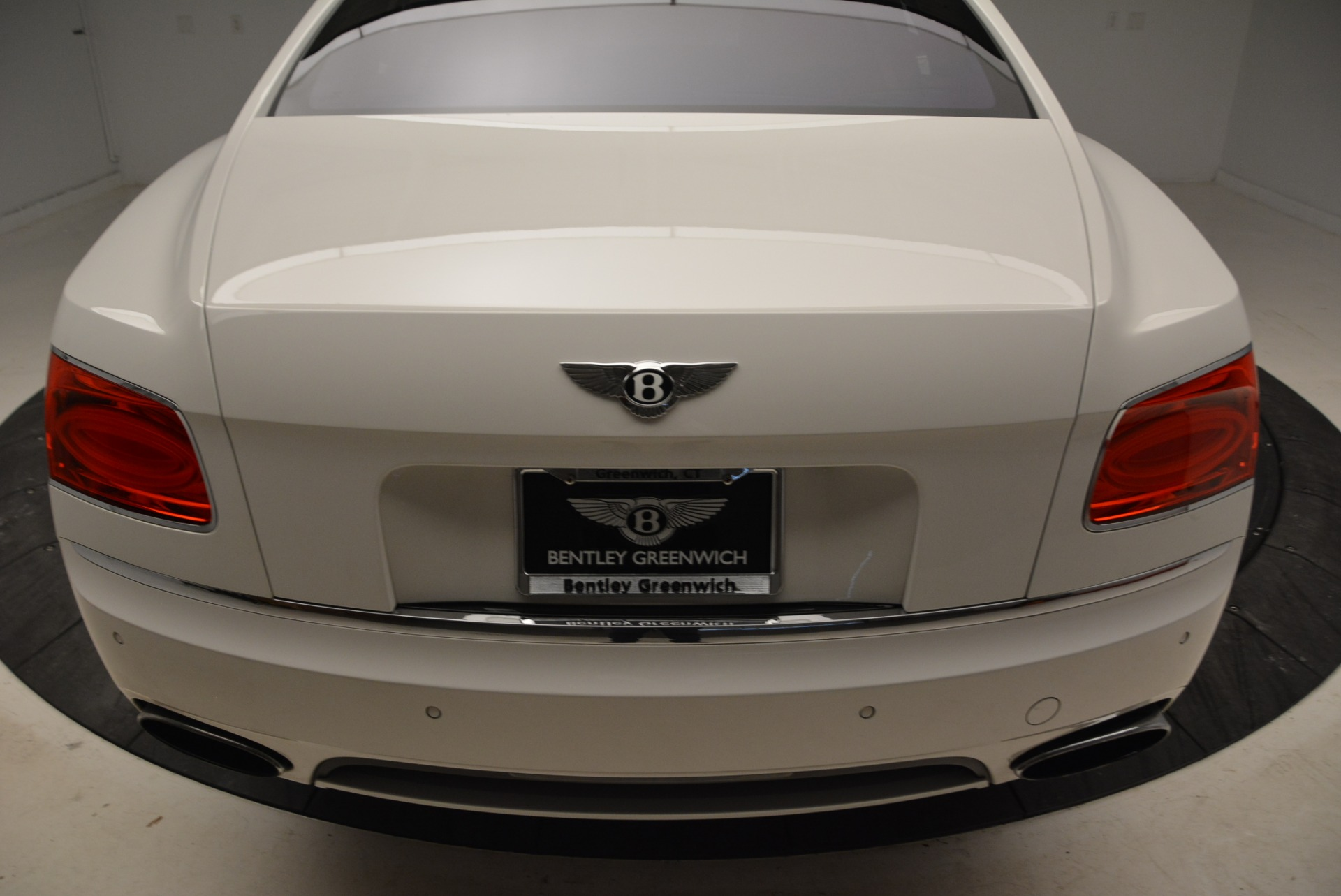 Used 2014 Bentley Flying Spur W12 For Sale In Westport, CT 1906_p46