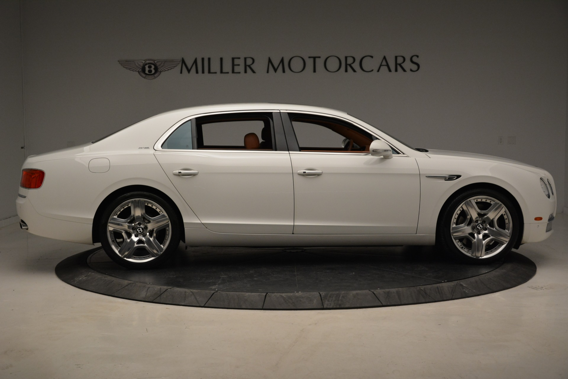 Used 2014 Bentley Flying Spur W12 For Sale In Westport, CT 1906_p9