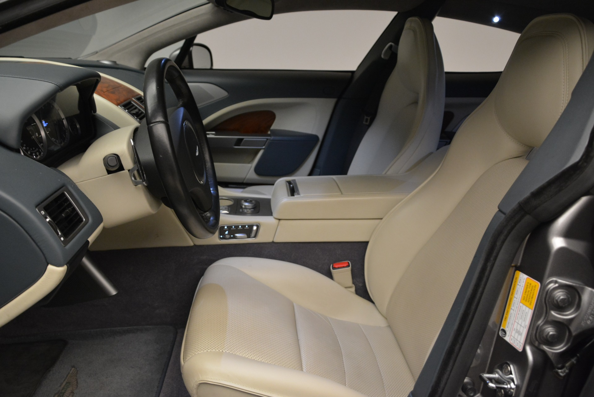 Used 2014 Aston Martin Rapide S  For Sale In Westport, CT 1910_p13