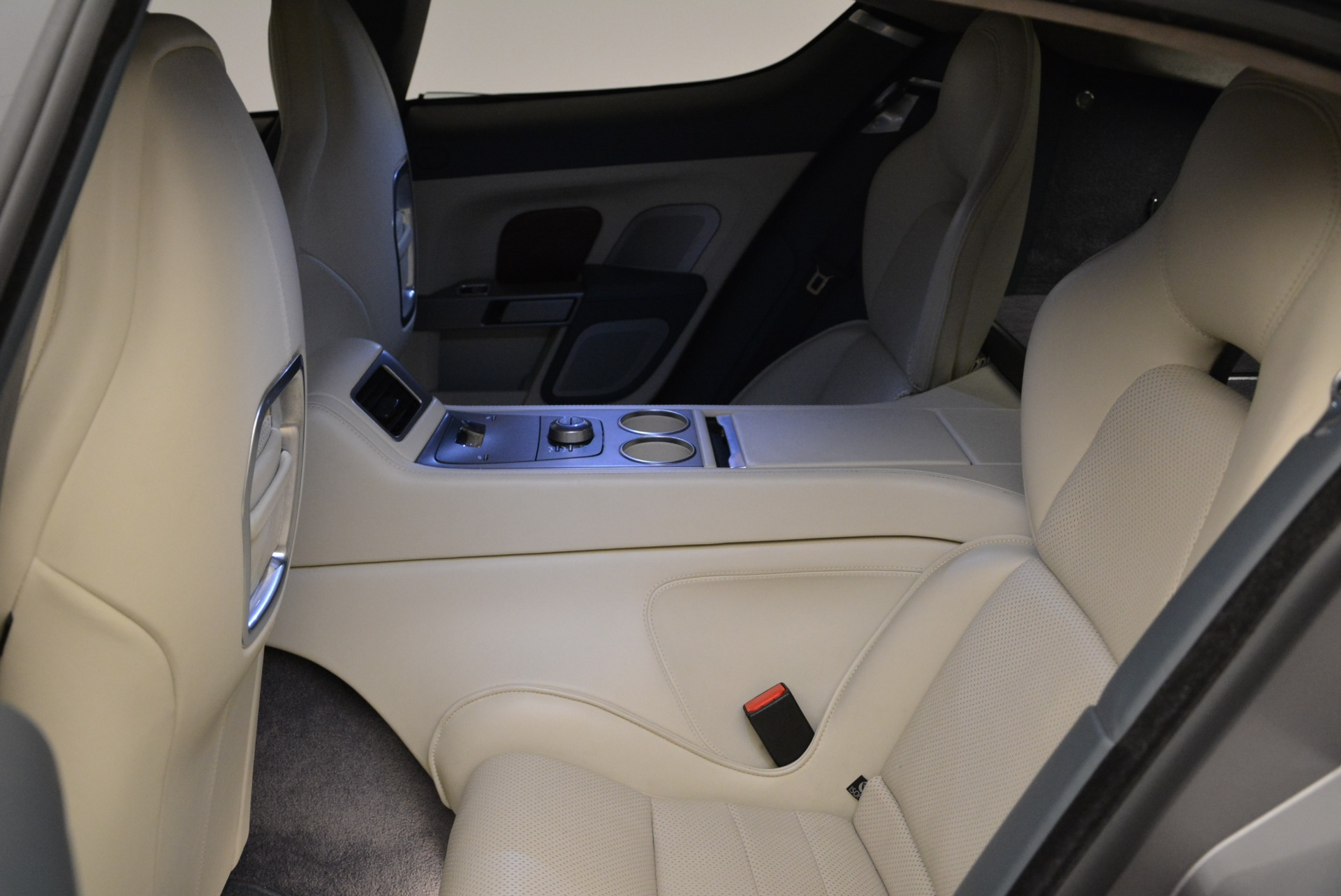 Used 2014 Aston Martin Rapide S  For Sale In Westport, CT 1910_p17