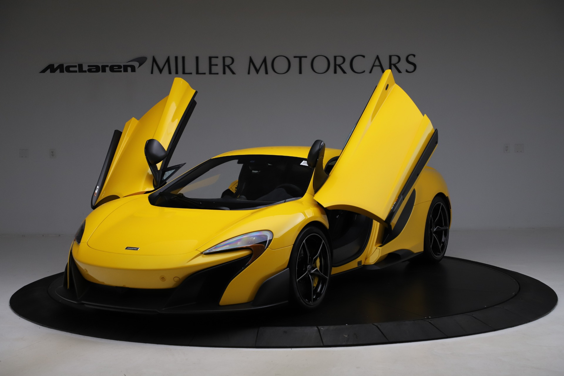 Used 2016 McLaren 675LT  For Sale In Westport, CT 1916_p14