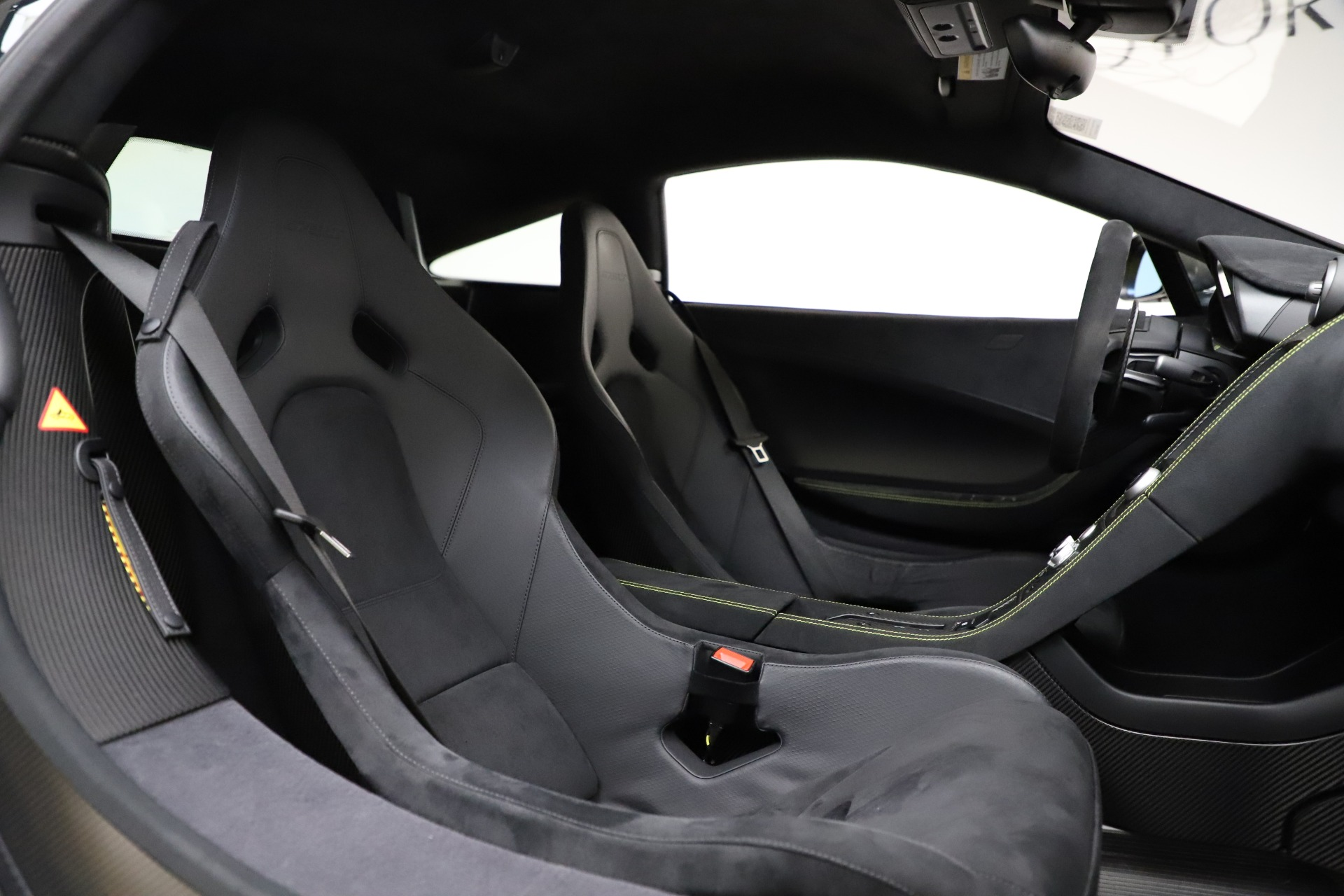Used 2016 McLaren 675LT  For Sale In Westport, CT 1916_p23