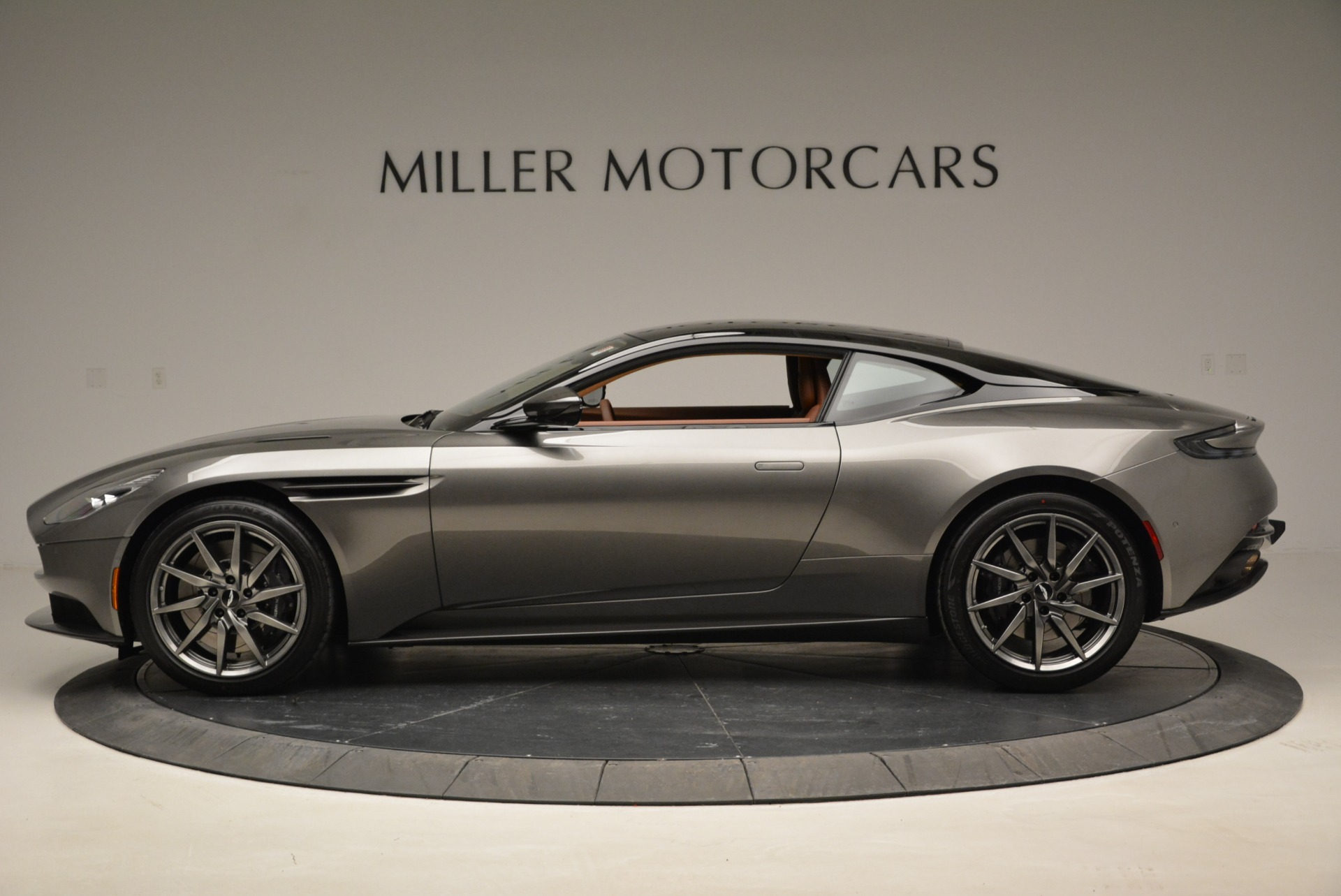 New 2018 Aston Martin DB11 V12 Coupe For Sale In Westport, CT 1917_p3