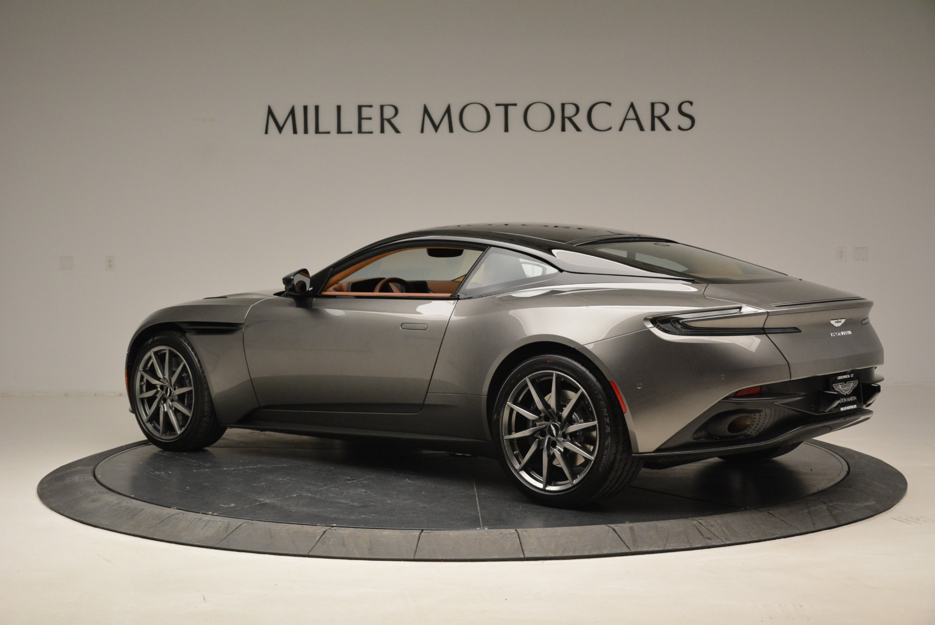 New 2018 Aston Martin DB11 V12 Coupe For Sale In Westport, CT 1917_p4