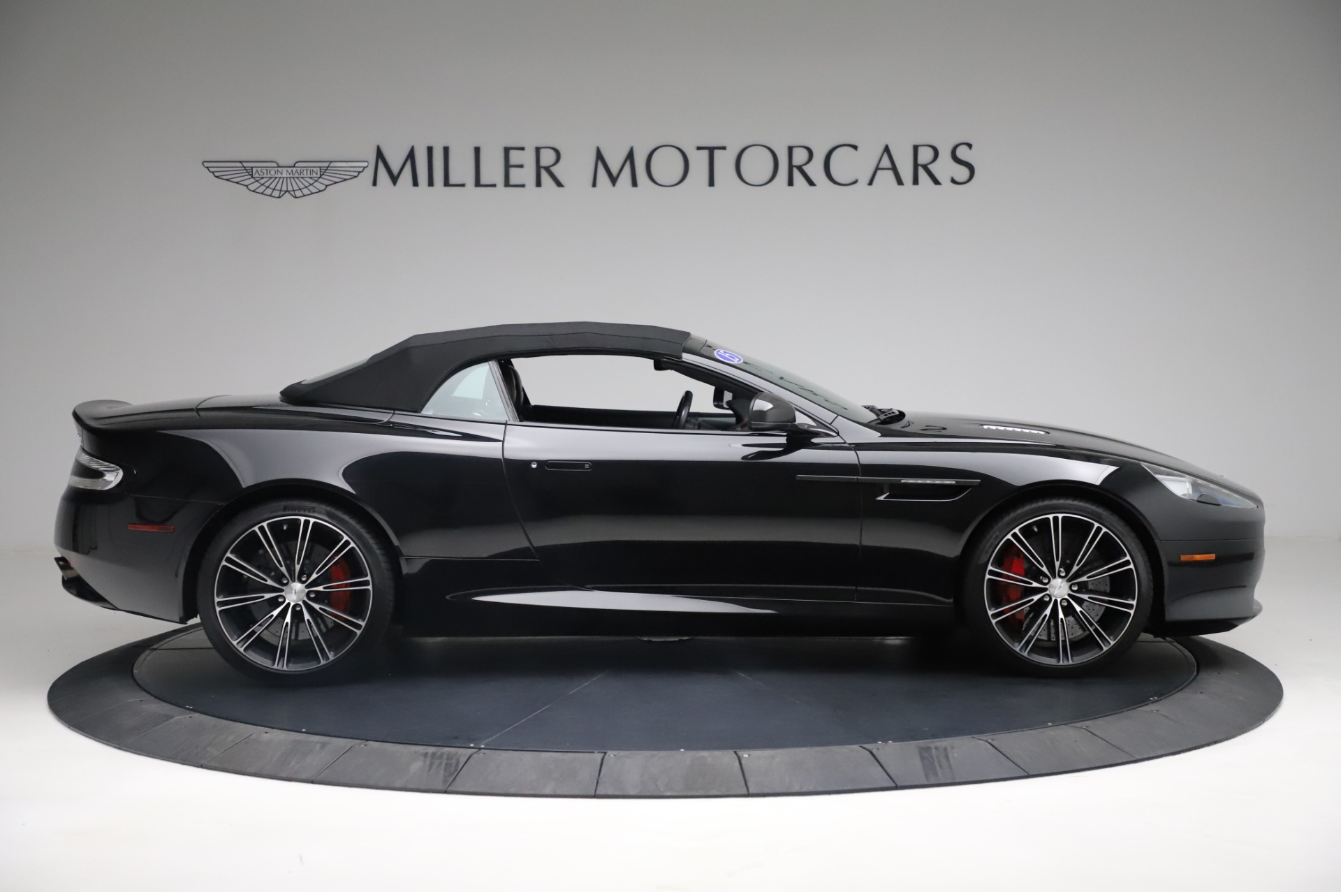 Used 2015 Aston Martin DB9 Convertible For Sale In Westport, CT 1919_p18