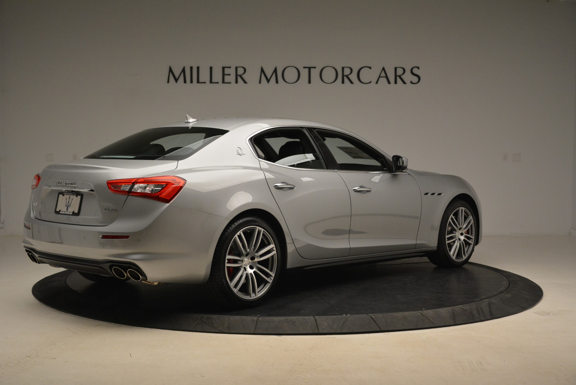 Used 2018 Maserati Ghibli S Q4 For Sale In Westport, CT 1929_p7