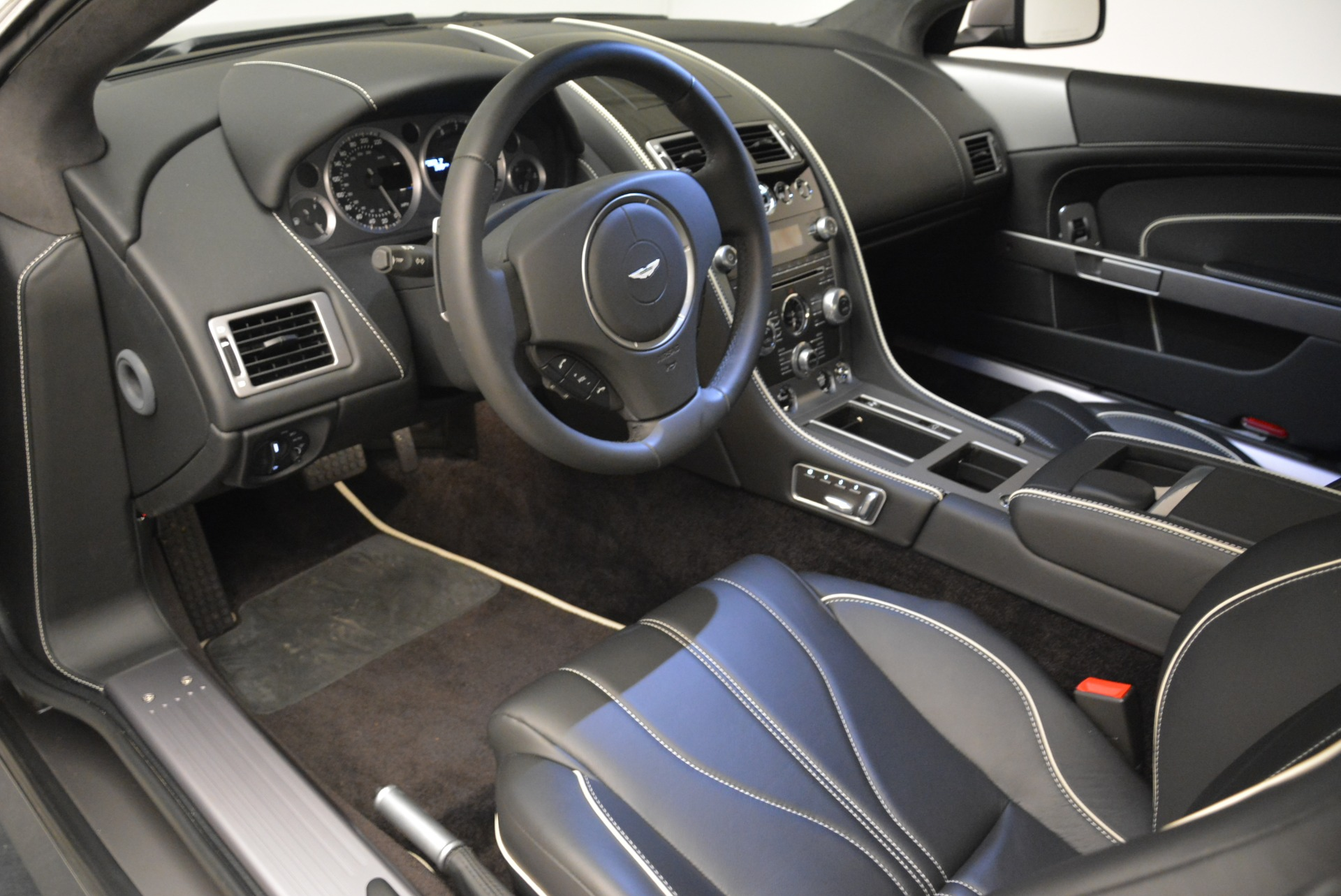 Used 2015 Aston Martin DB9  For Sale In Westport, CT 1951_p14