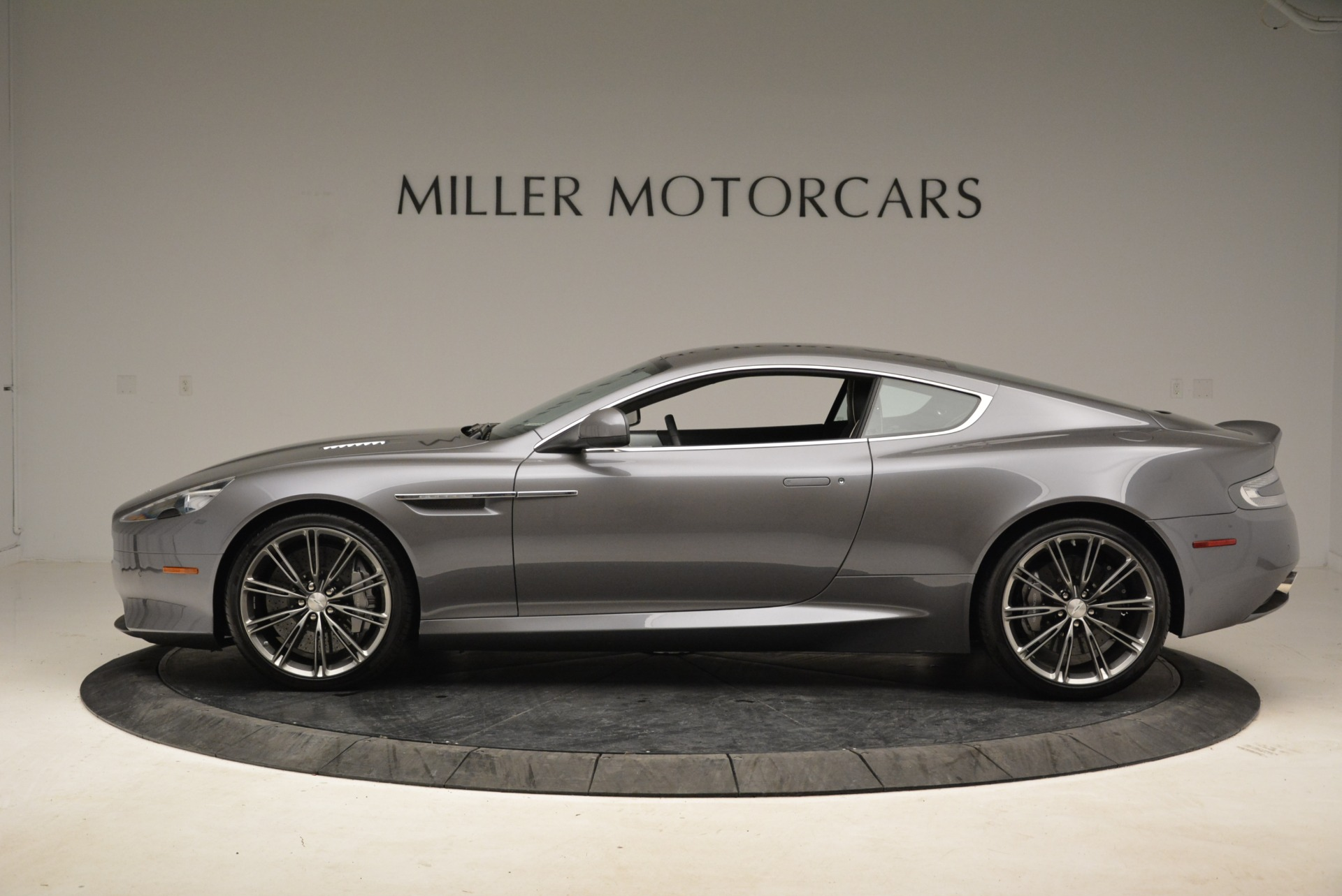Used 2015 Aston Martin DB9  For Sale In Westport, CT 1951_p3