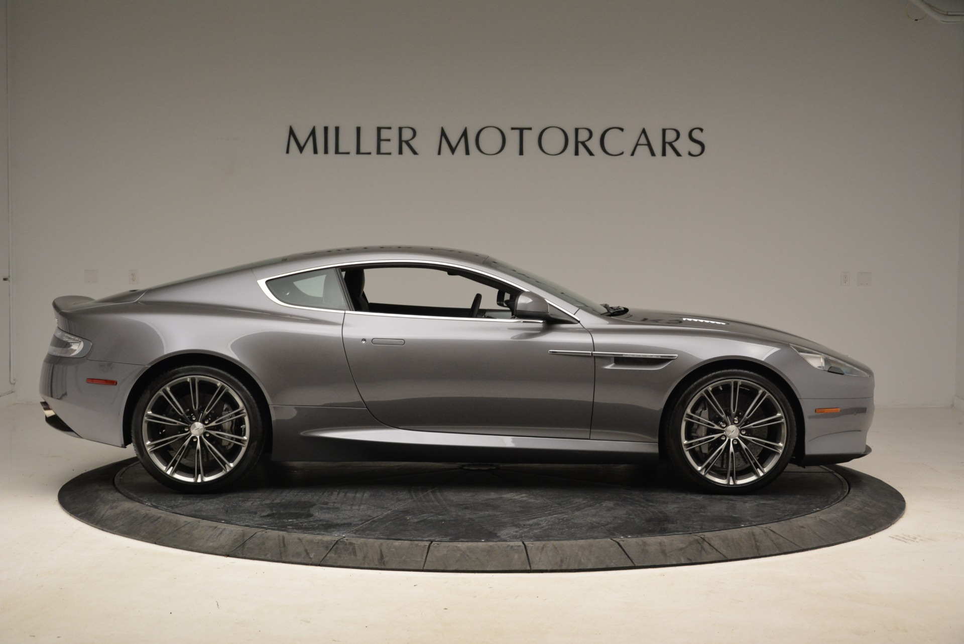Used 2015 Aston Martin DB9  For Sale In Westport, CT 1951_p9
