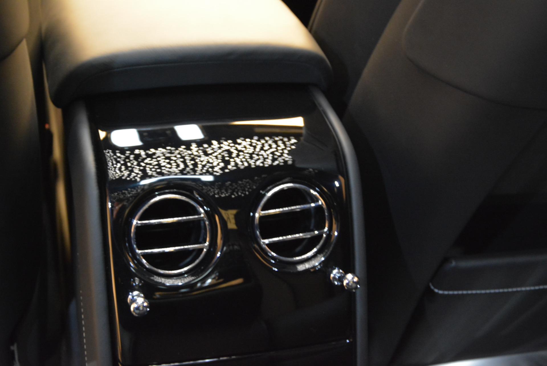 Used 2018 Rolls-Royce Phantom  For Sale In Westport, CT 1958_p19
