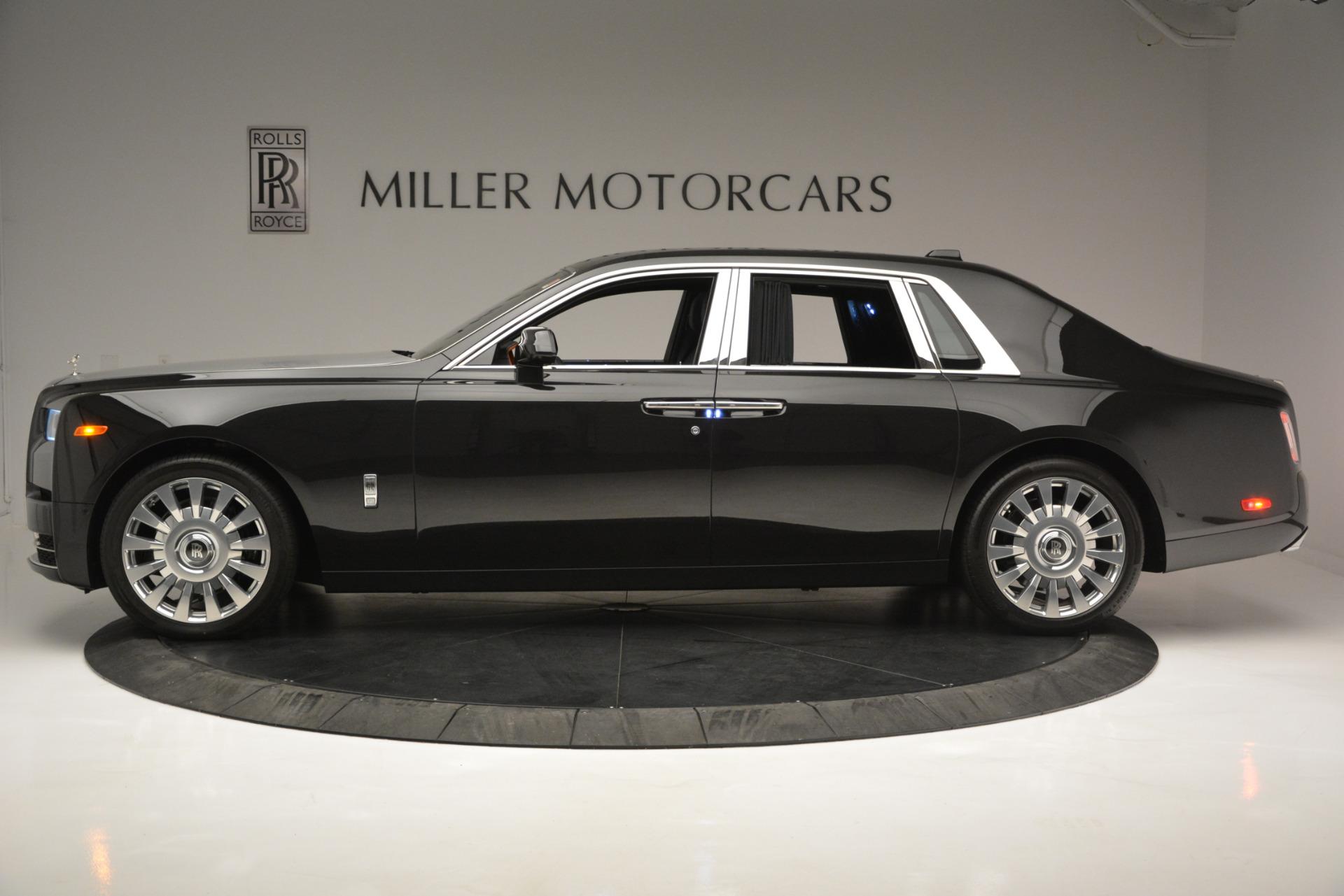 Used 2018 Rolls-Royce Phantom  For Sale In Westport, CT 1958_p2
