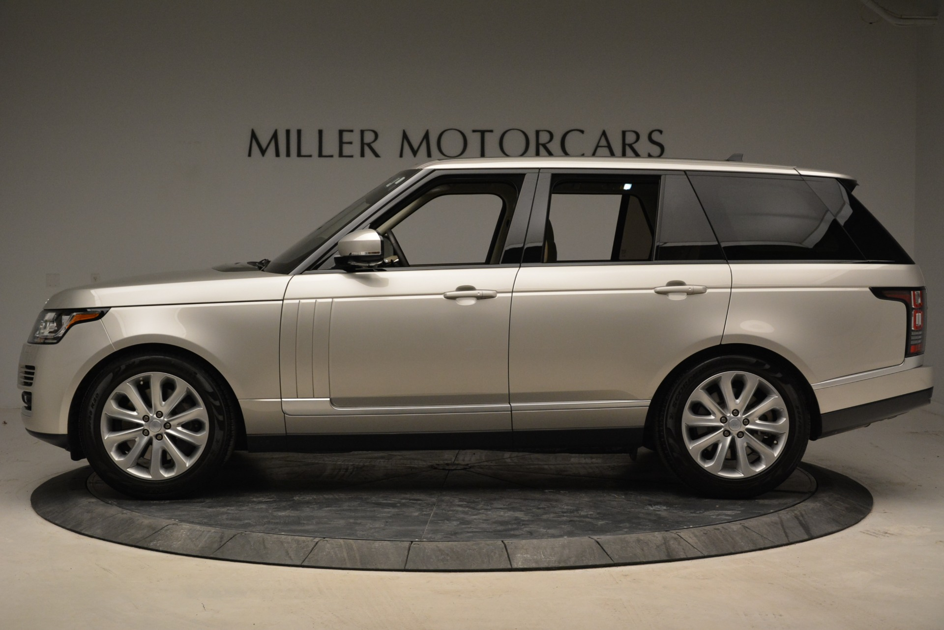 Used 2016 Land Rover Range Rover HSE For Sale In Westport, CT 1962_p3