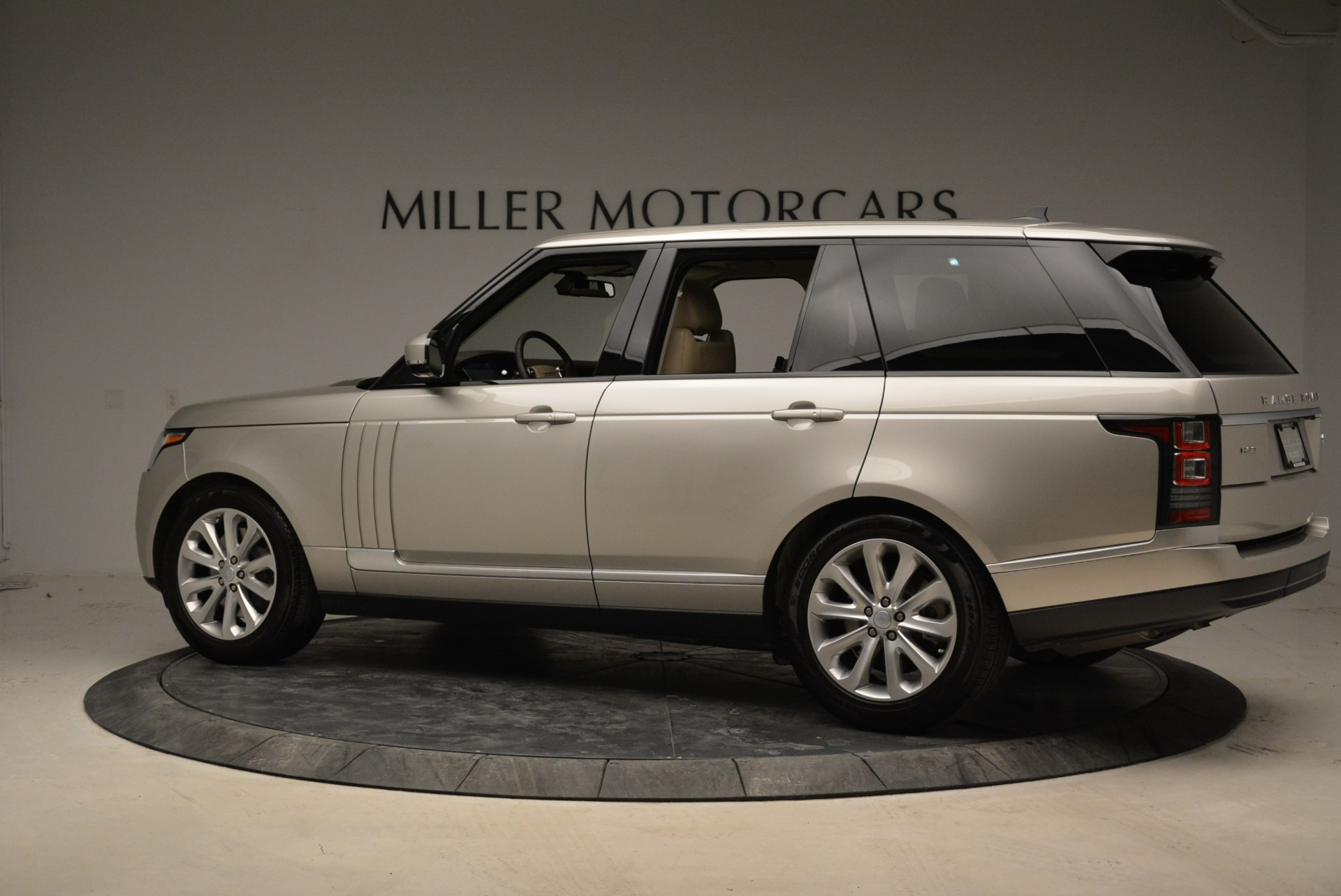 Used 2016 Land Rover Range Rover HSE For Sale In Westport, CT 1962_p4