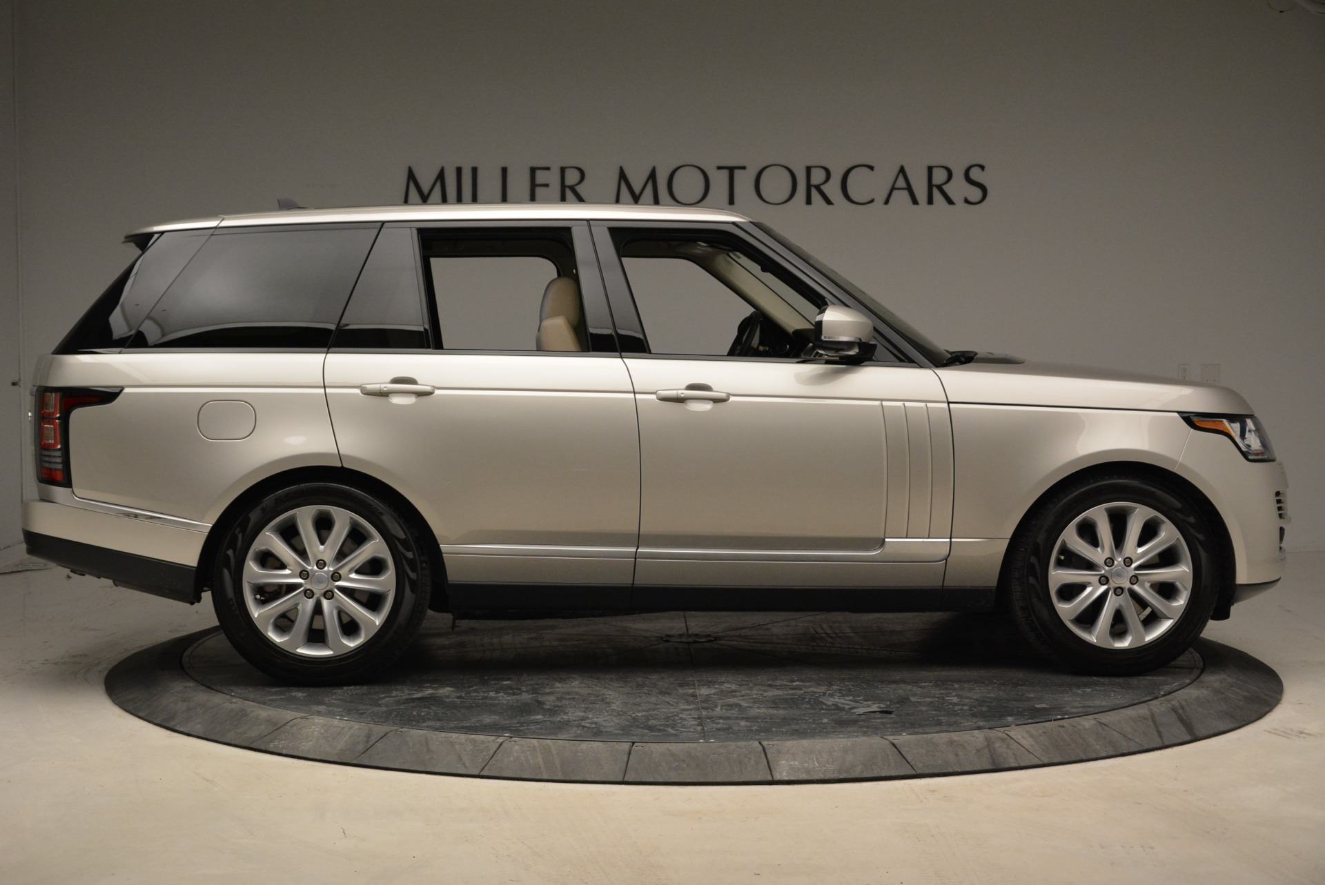 Used 2016 Land Rover Range Rover HSE For Sale In Westport, CT 1962_p9