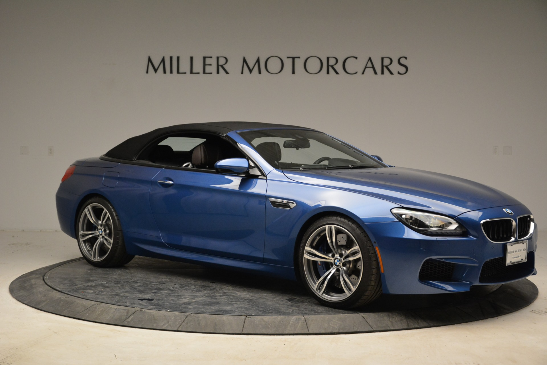 Used 2013 BMW M6 Convertible For Sale In Westport, CT 1965_p22