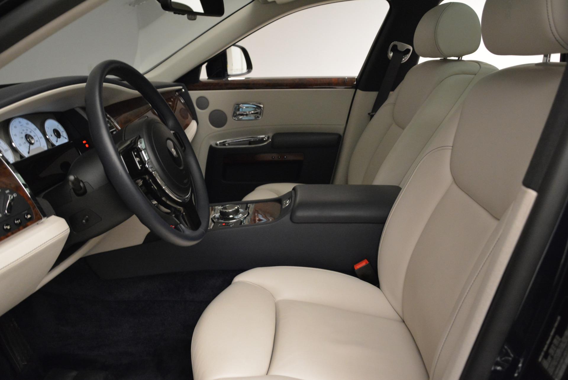 Used 2015 Rolls-Royce Ghost  For Sale In Westport, CT 1980_p20
