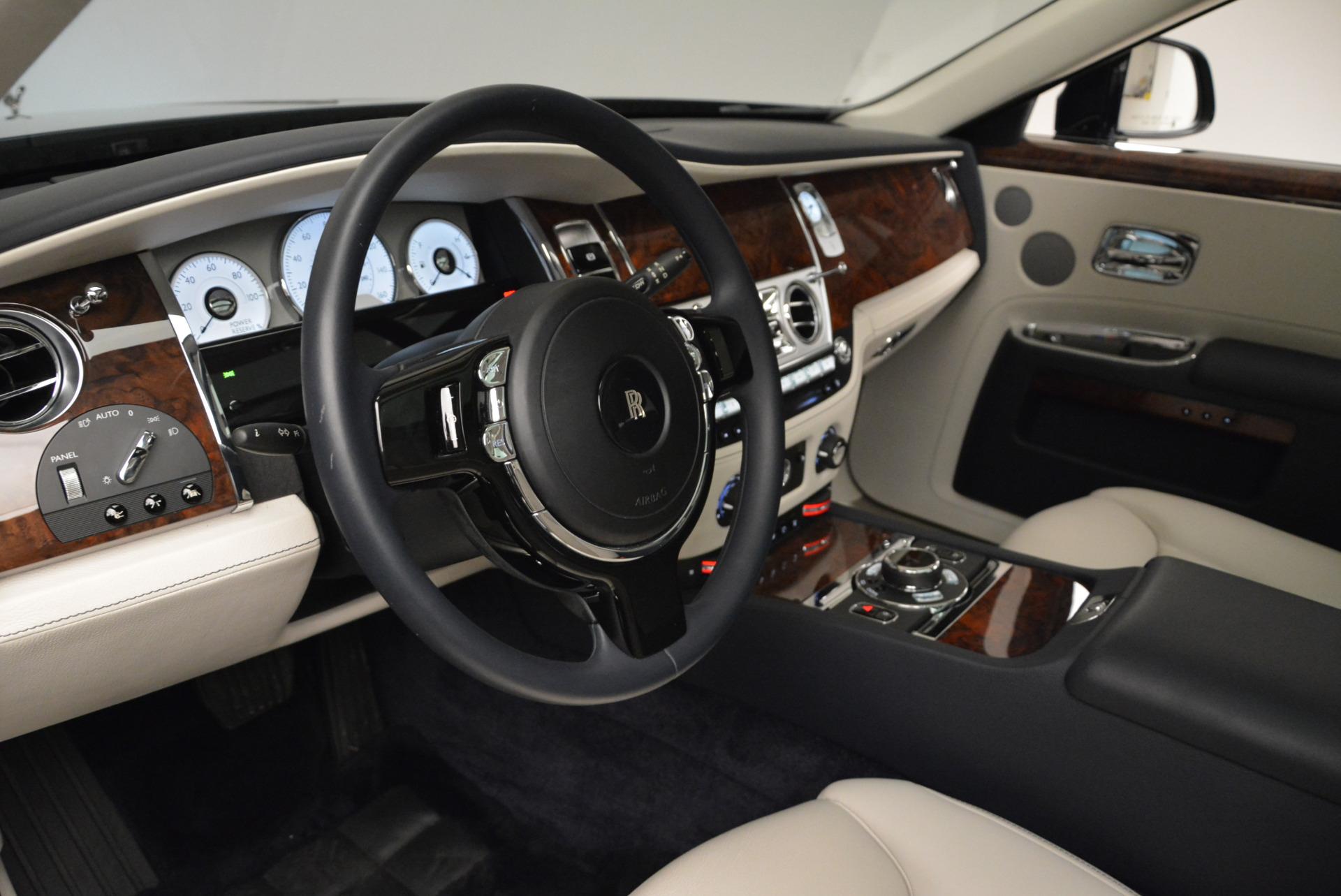 Used 2015 Rolls-Royce Ghost  For Sale In Westport, CT 1980_p21