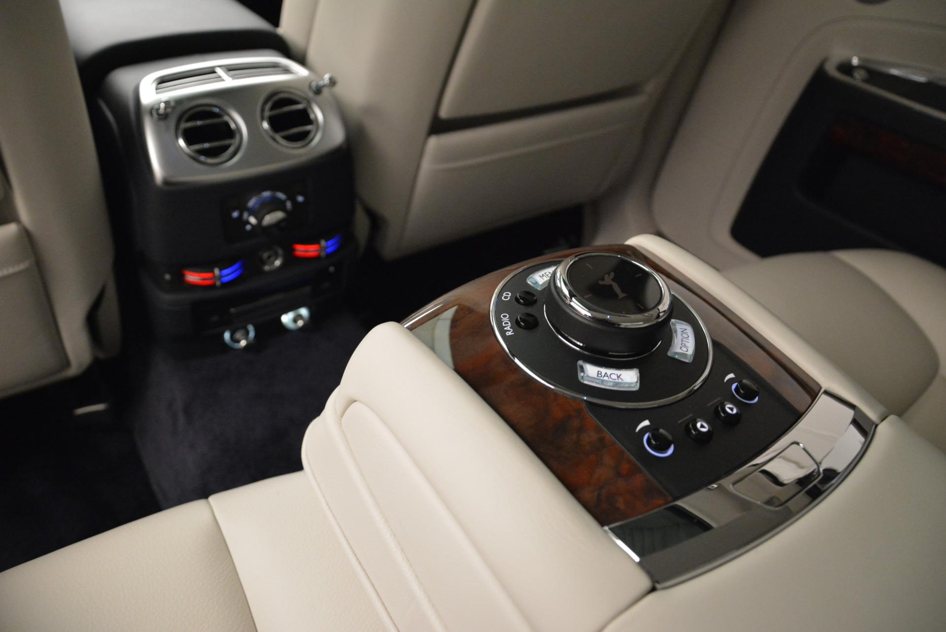 Used 2015 Rolls-Royce Ghost  For Sale In Westport, CT 1980_p28