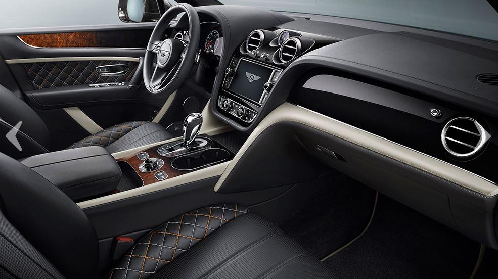 New 2018 Bentley Bentayga Mulliner For Sale In Westport, CT 1988_p13
