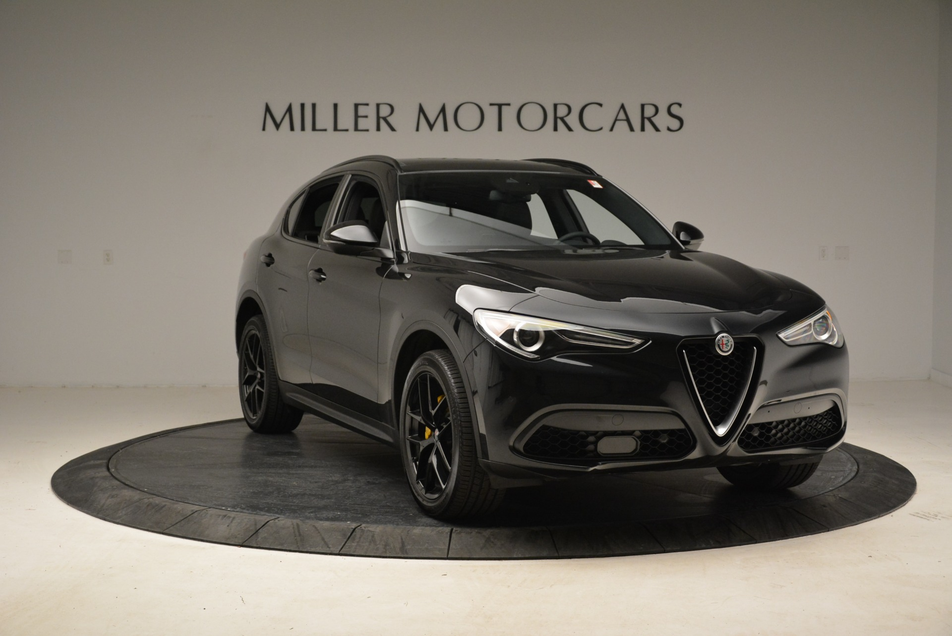 New 2018 Alfa Romeo Stelvio Ti Sport Q4 For Sale In Westport, CT 2002_p11