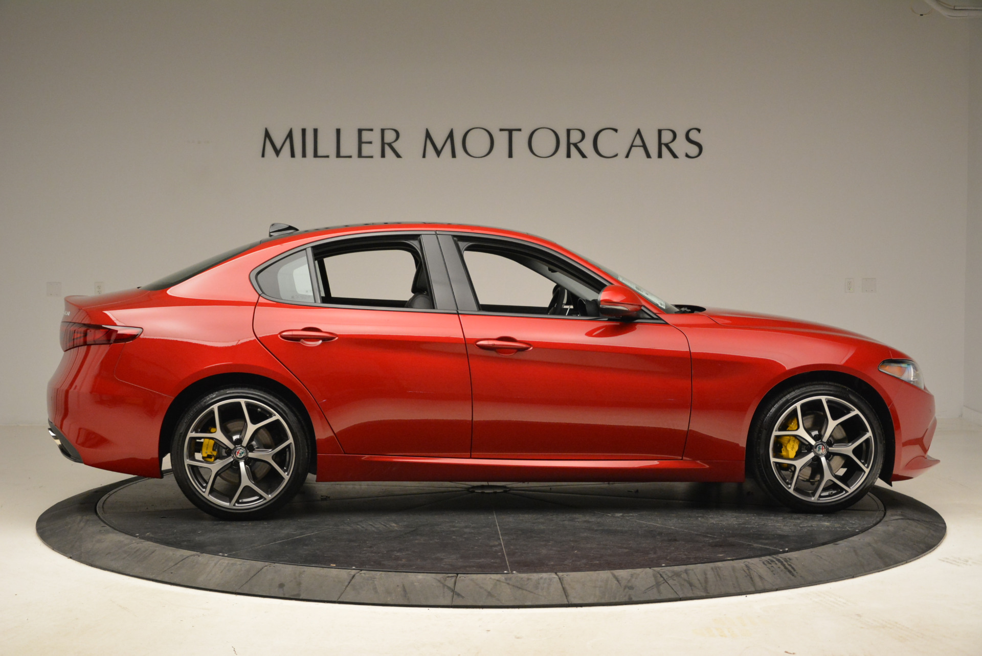 New 2018 Alfa Romeo Giulia Ti Sport Q4 For Sale In Westport, CT 2016_p9