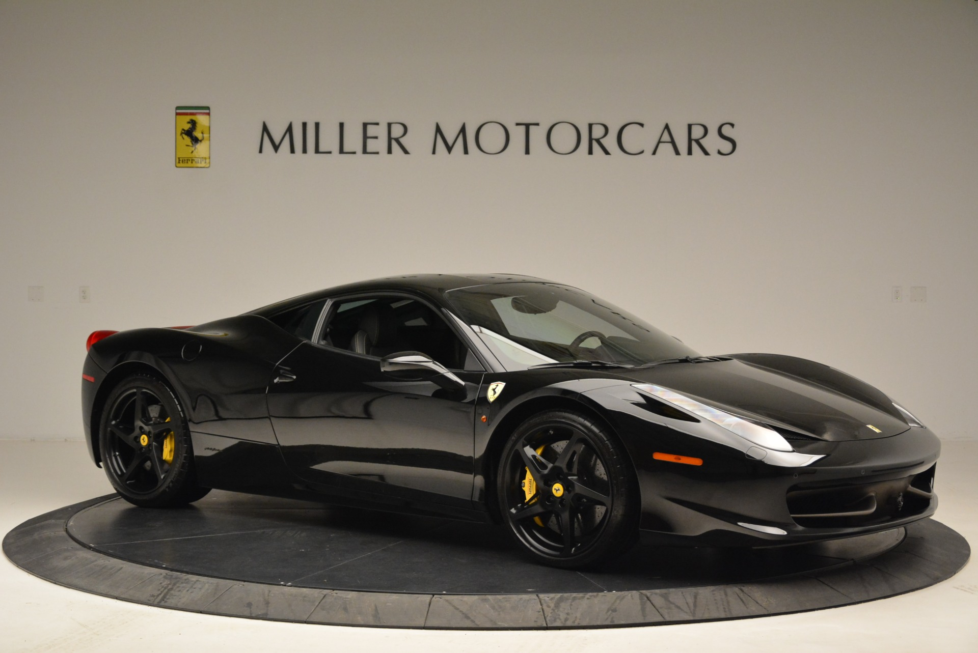 Used 2011 Ferrari 458 Italia  For Sale In Westport, CT 2018_p10