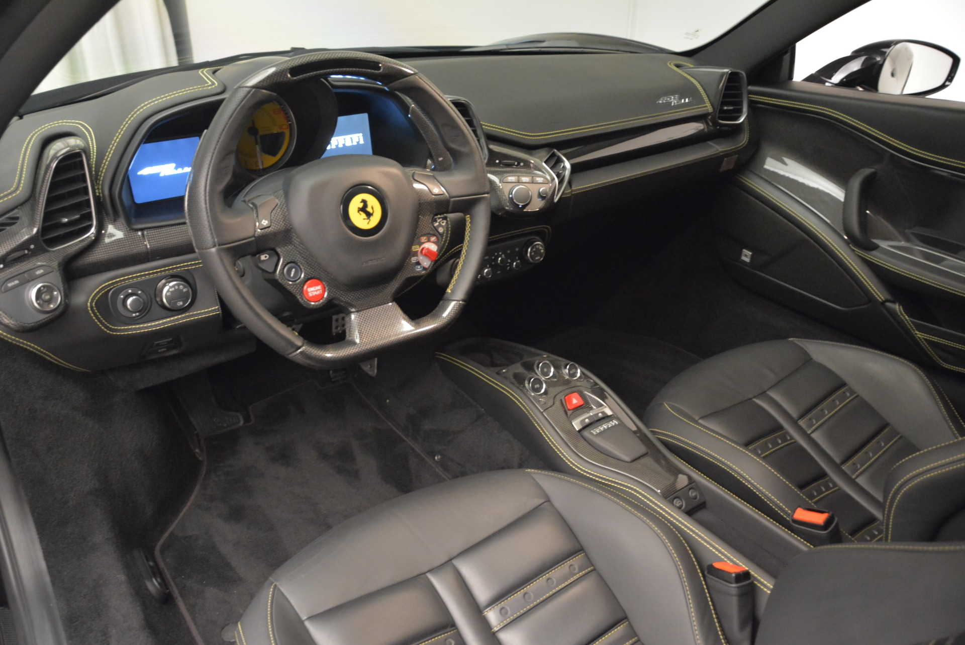 Used 2011 Ferrari 458 Italia  For Sale In Westport, CT 2018_p12