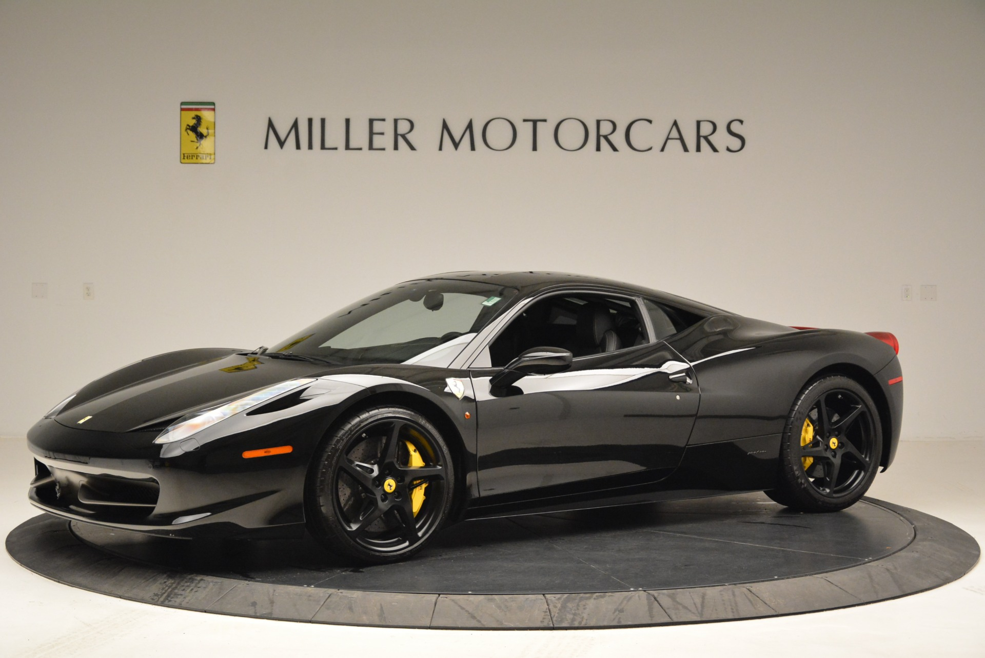 Used 2011 Ferrari 458 Italia  For Sale In Westport, CT 2018_p2