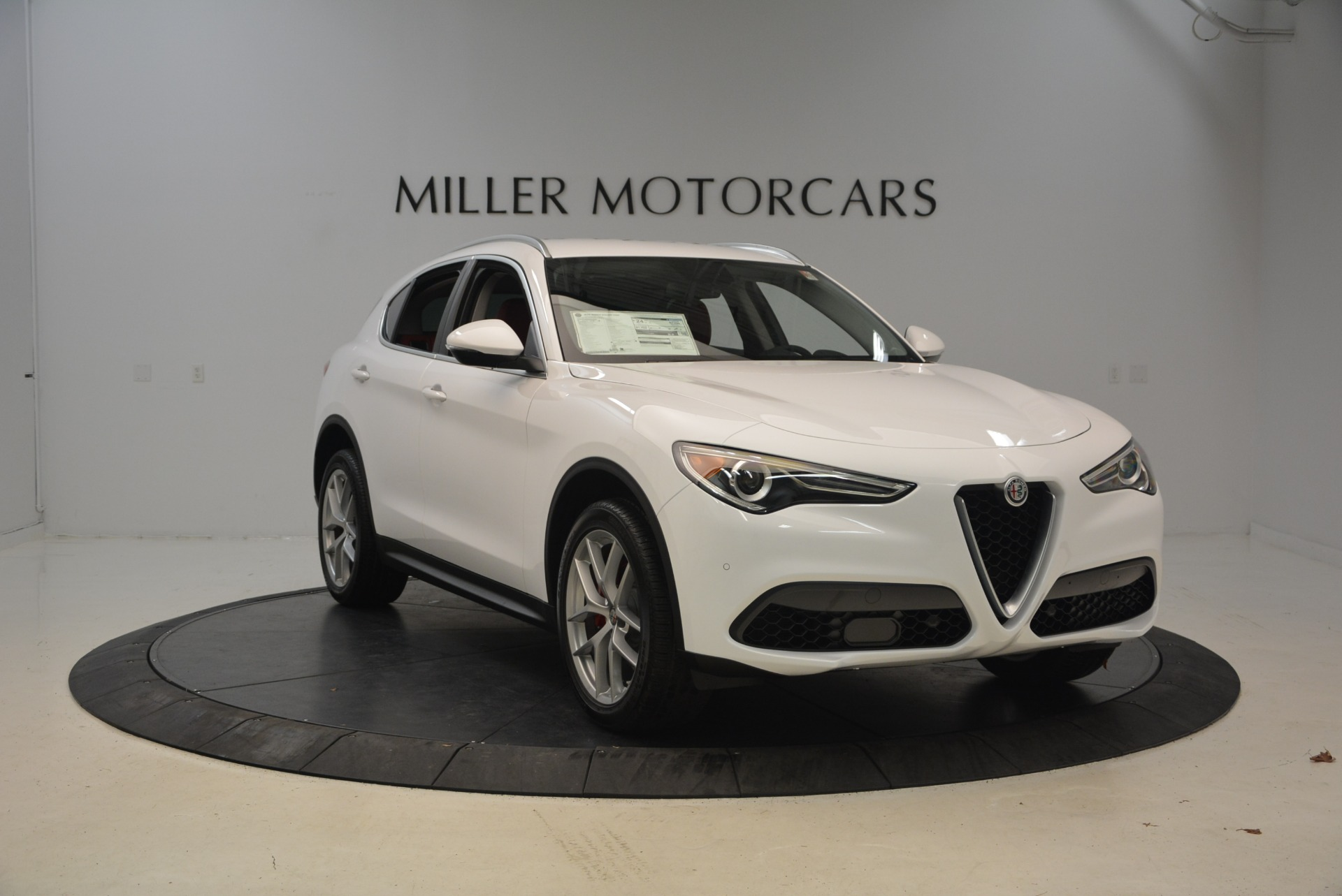 New 2018 Alfa Romeo Stelvio Ti Q4 For Sale In Westport, CT 2027_p11