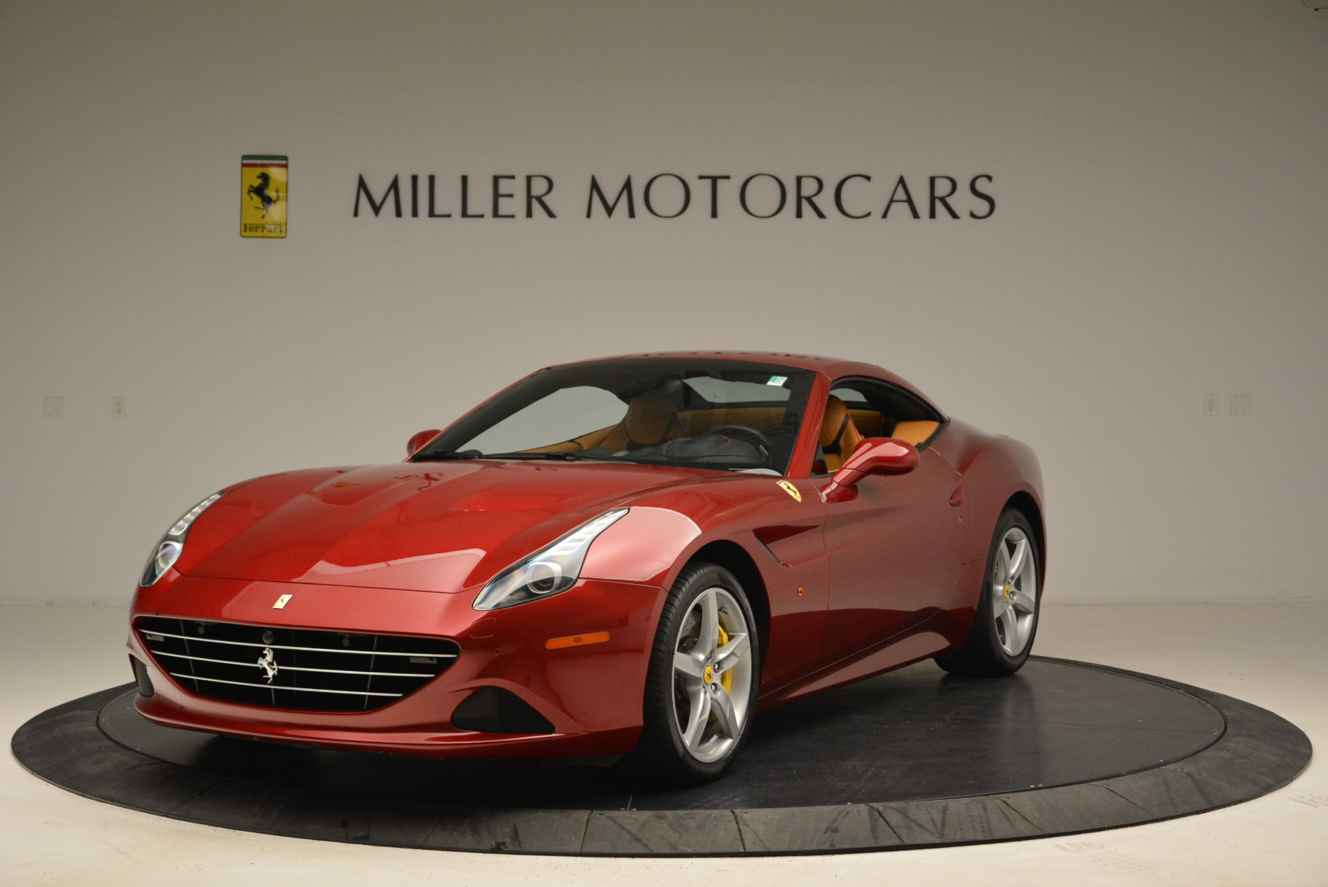 Used 2015 Ferrari California T  For Sale In Westport, CT 2033_p13