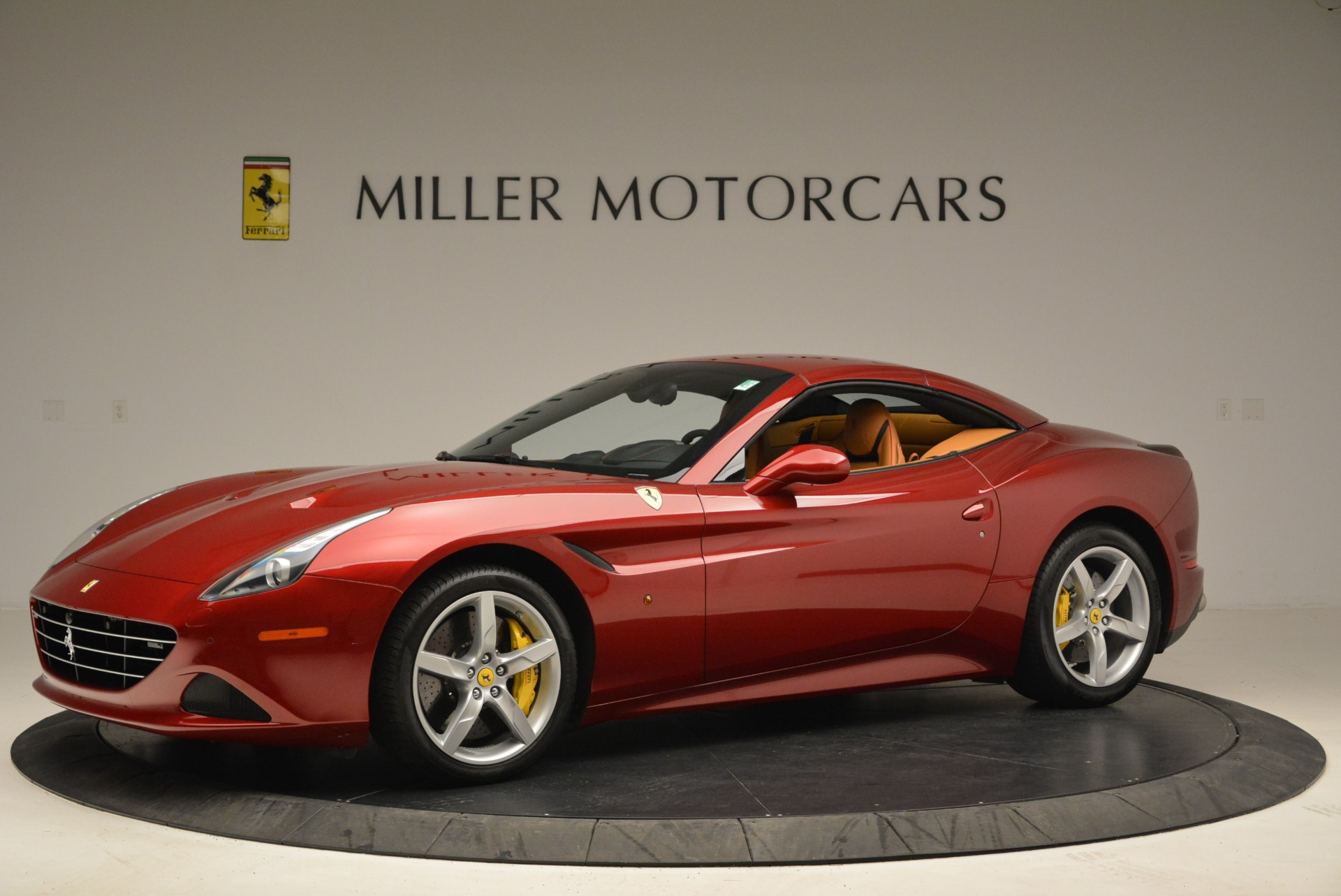 Used 2015 Ferrari California T  For Sale In Westport, CT 2033_p14