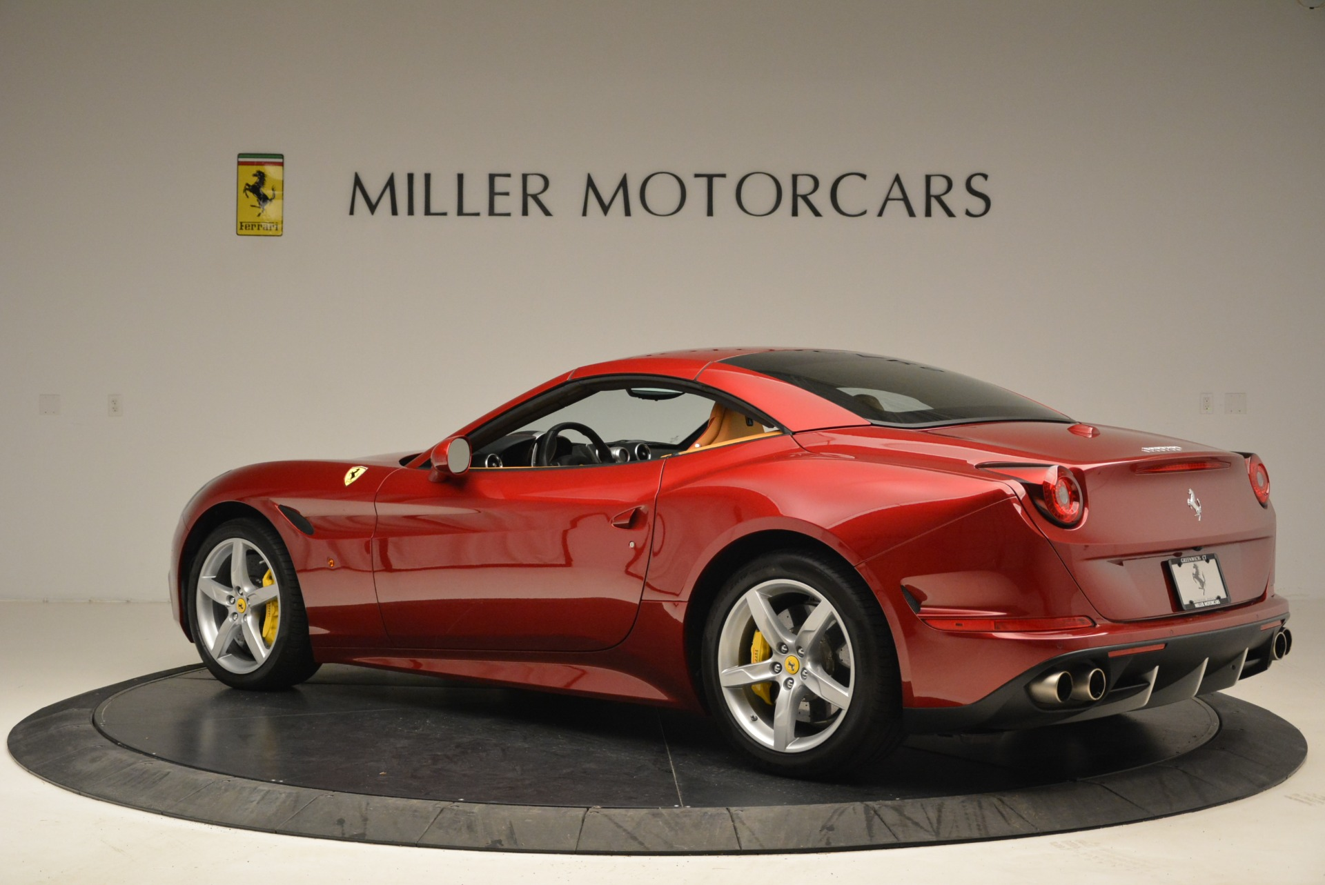 Used 2015 Ferrari California T  For Sale In Westport, CT 2033_p16