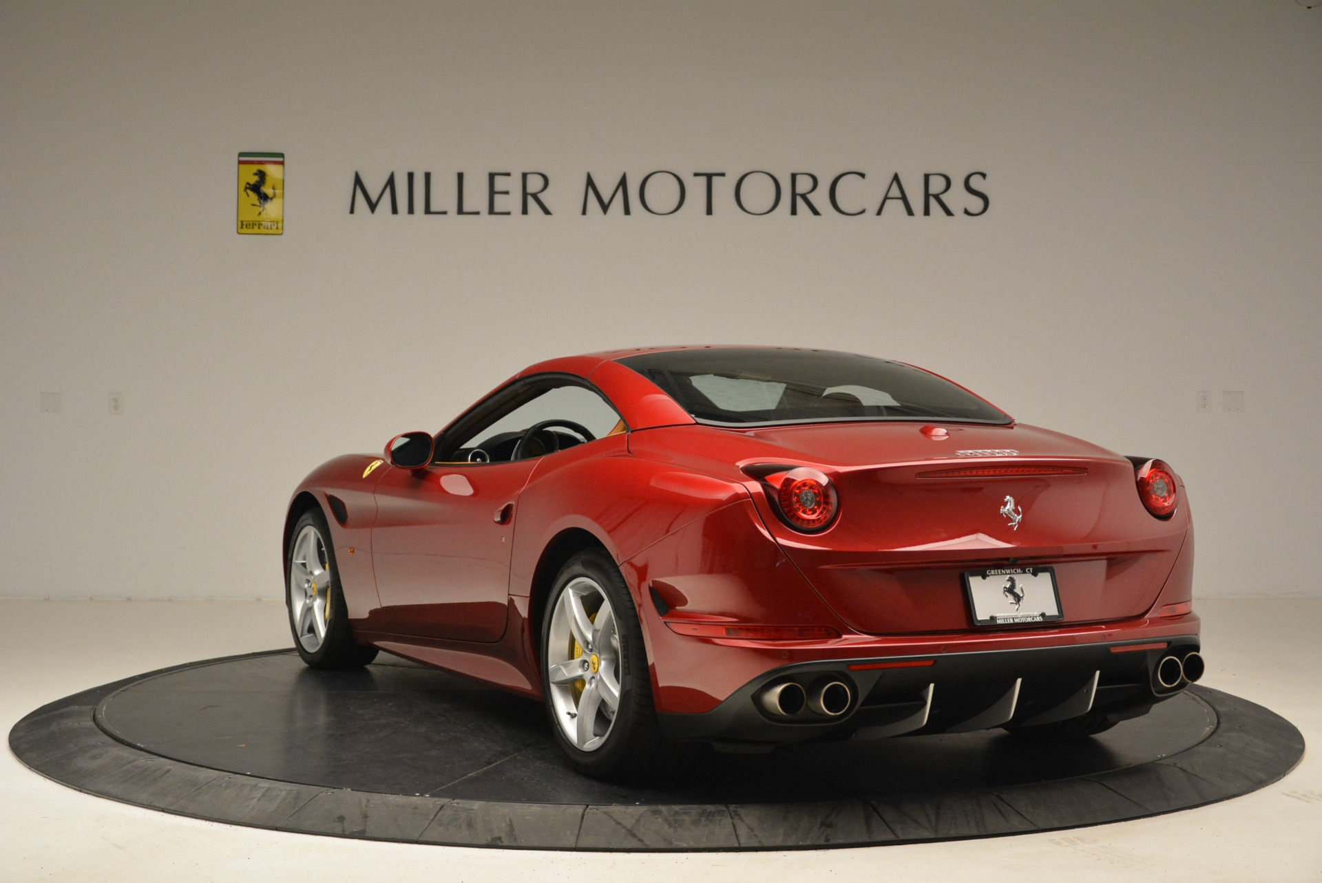 Used 2015 Ferrari California T  For Sale In Westport, CT 2033_p17