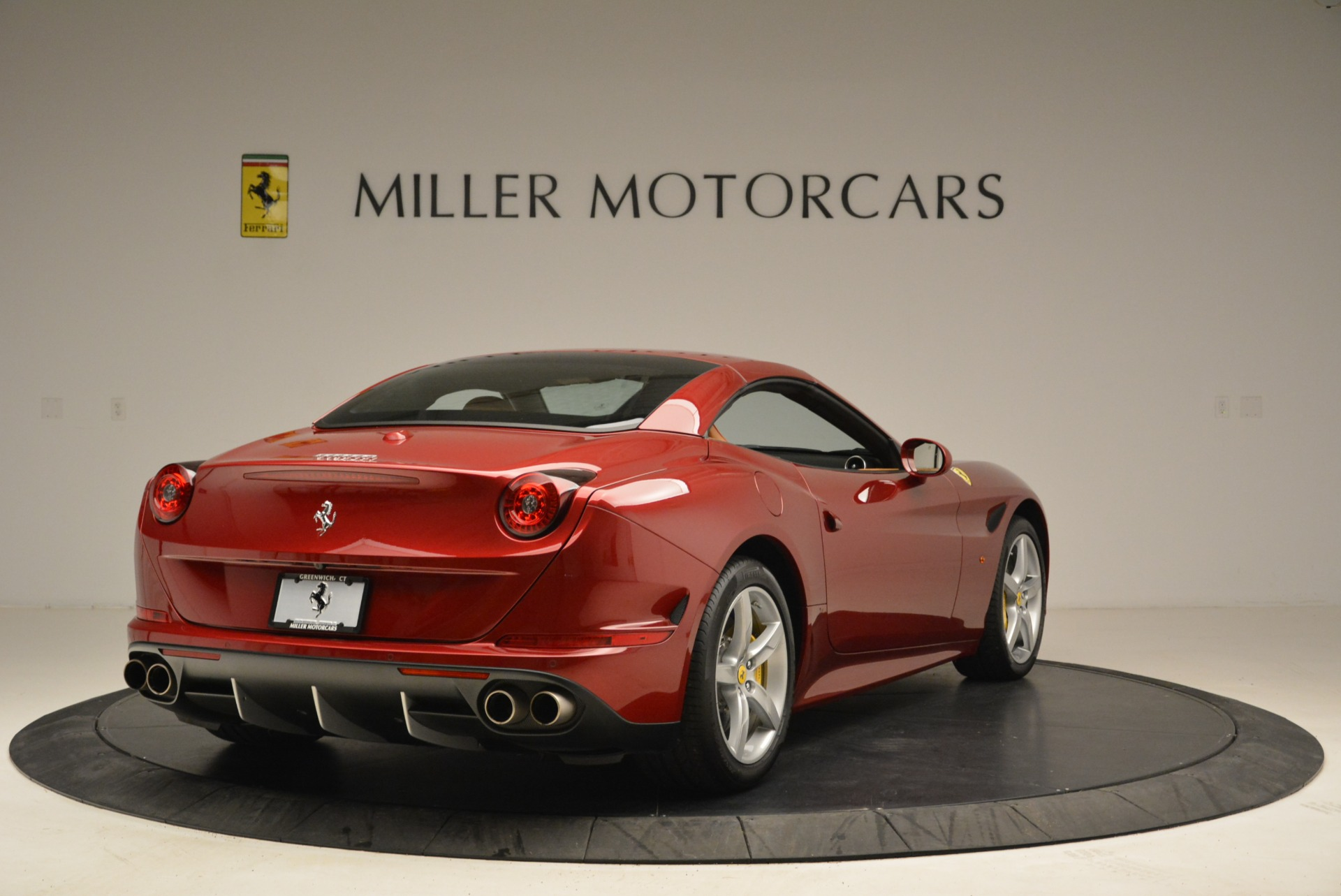 Used 2015 Ferrari California T  For Sale In Westport, CT 2033_p19