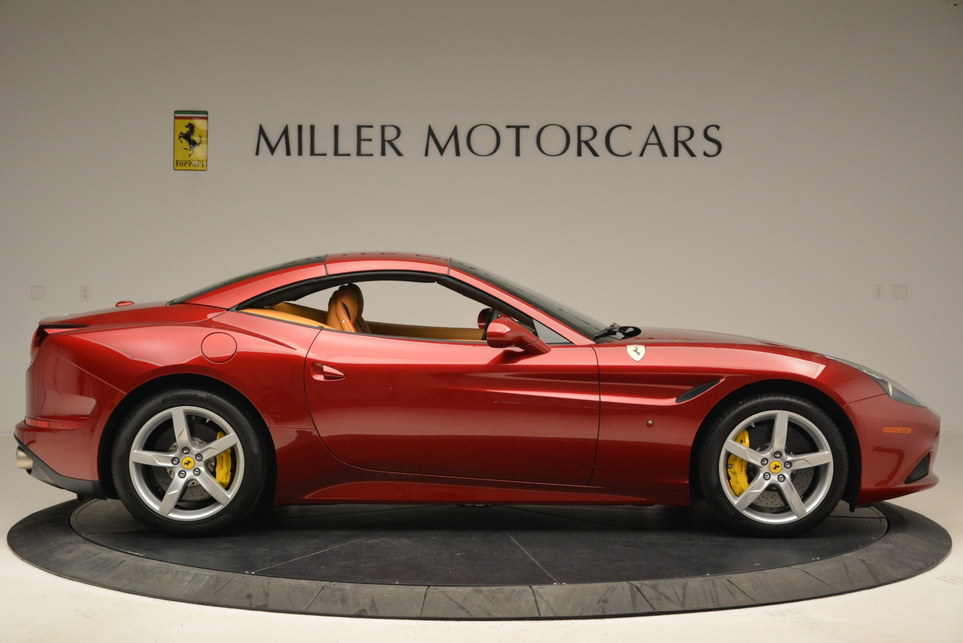 Used 2015 Ferrari California T  For Sale In Westport, CT 2033_p21