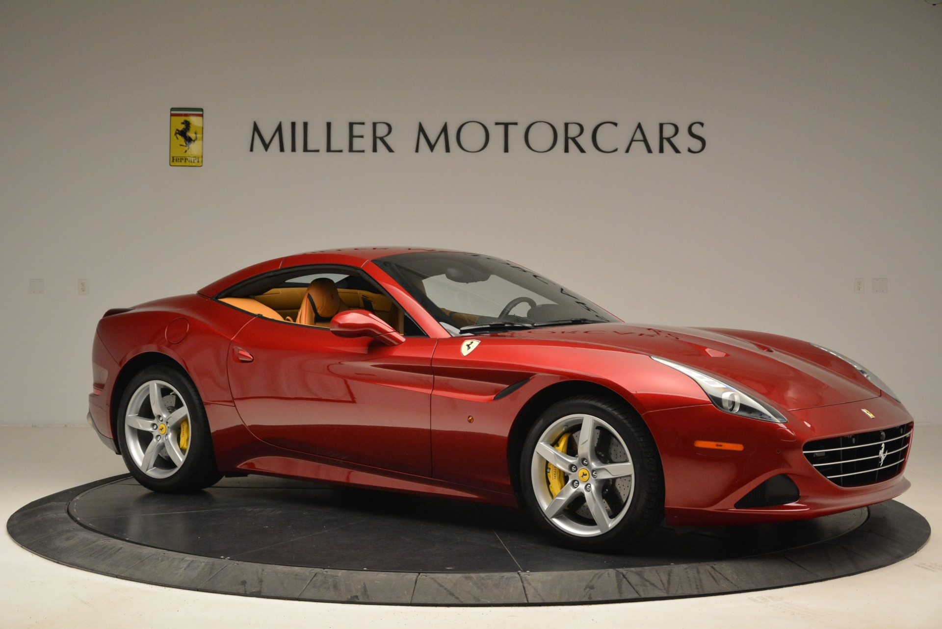 Used 2015 Ferrari California T  For Sale In Westport, CT 2033_p22